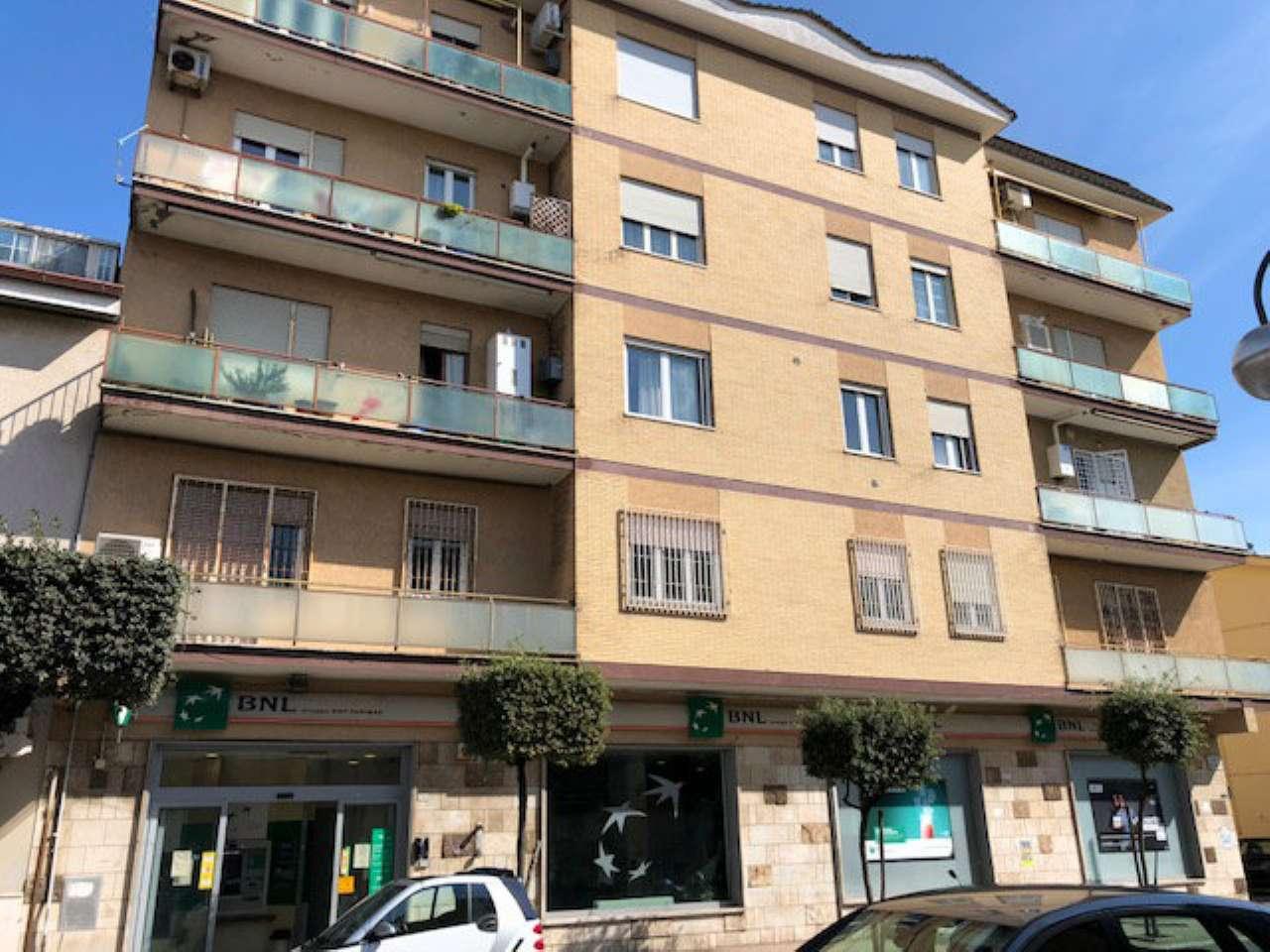 Ufficio / Studio in vendita a Aprilia, 10 locali, prezzo € 270.000 | CambioCasa.it