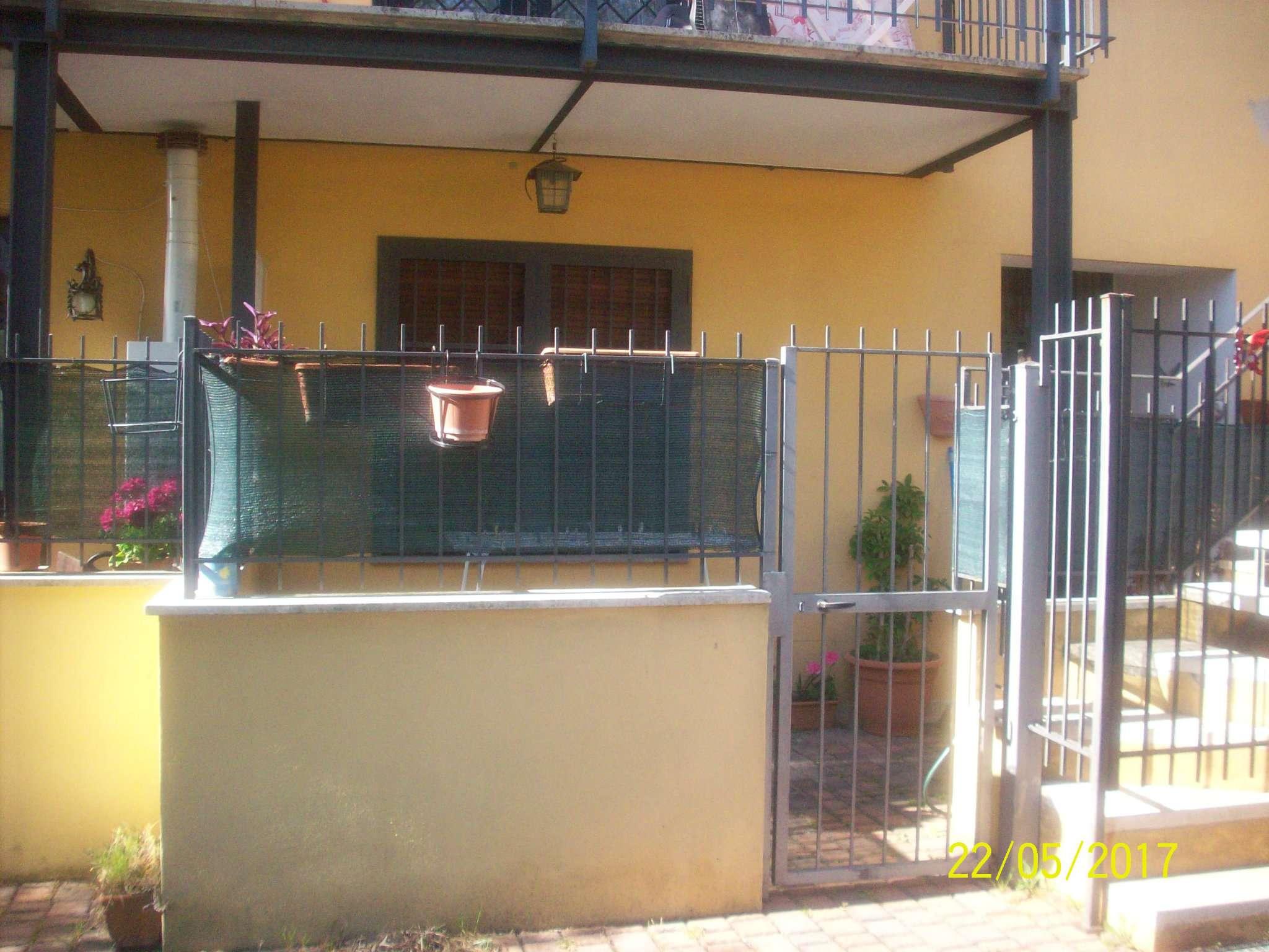 ariccia zona alta residenziale affittasi appartamento arred entr. indip. con posto auto esterno