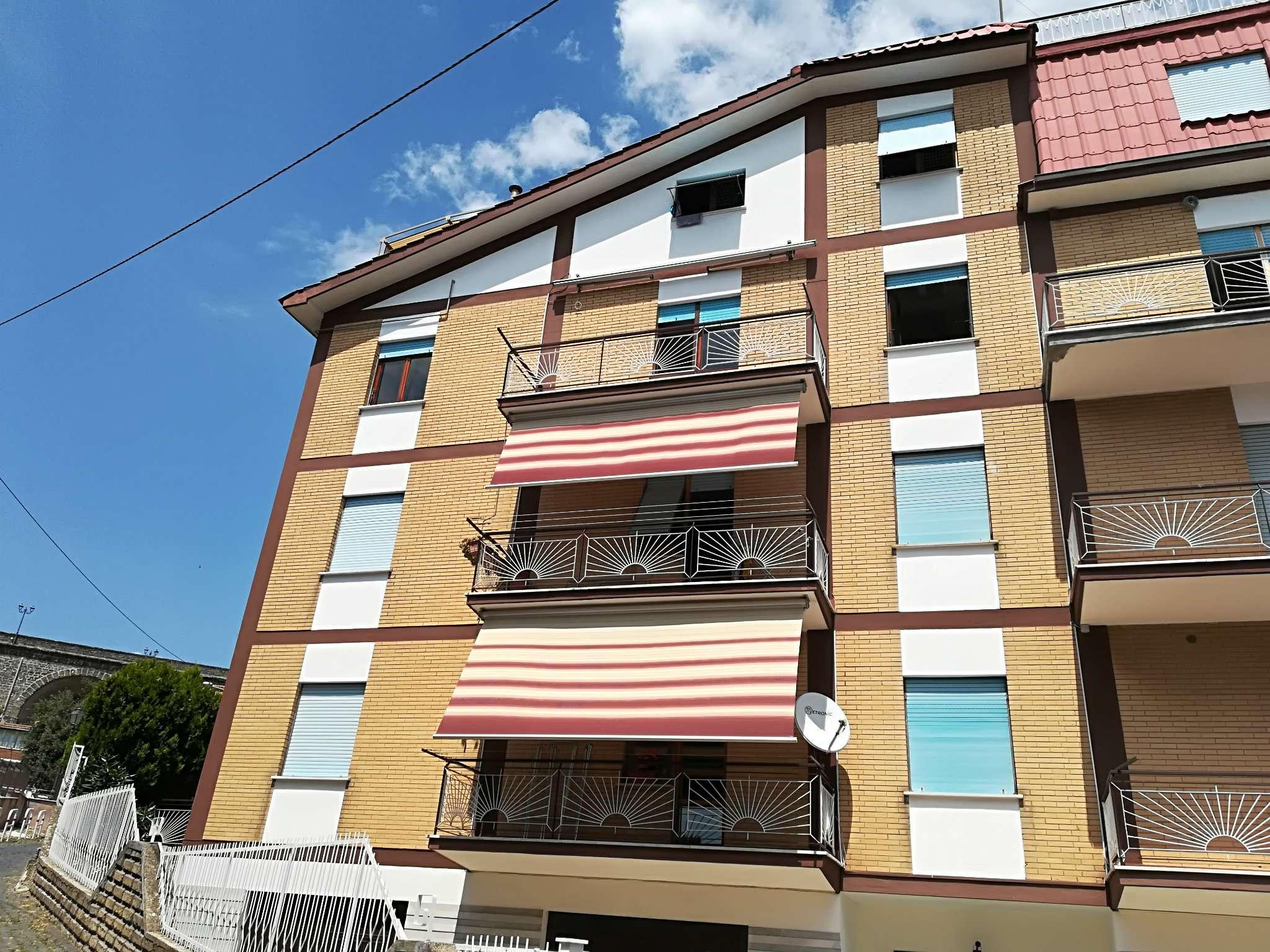 Appartamento in ottime condizioni in affitto Rif. 8748470