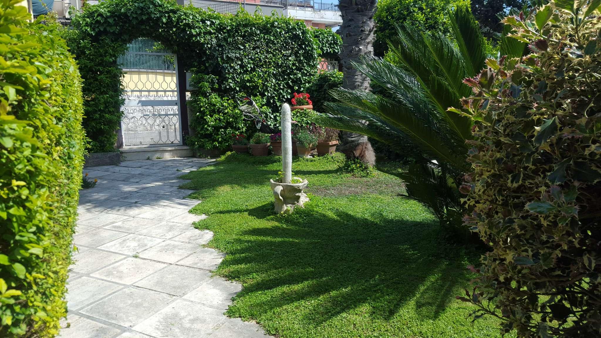 Villa a Schiera in vendita a Roma, 7 locali, zona Zona: 29 . Balduina, Montemario, Sant'Onofrio, Trionfale, Camilluccia, Cortina d'Ampezzo, prezzo € 398.000 | CambioCasa.it