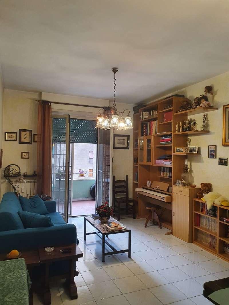 Appartamento in vendita a Roma, 3 locali, zona Zona: 12 . Cinecittà,Don Bosco, Lucrezia Romana, prezzo € 180.000   CambioCasa.it