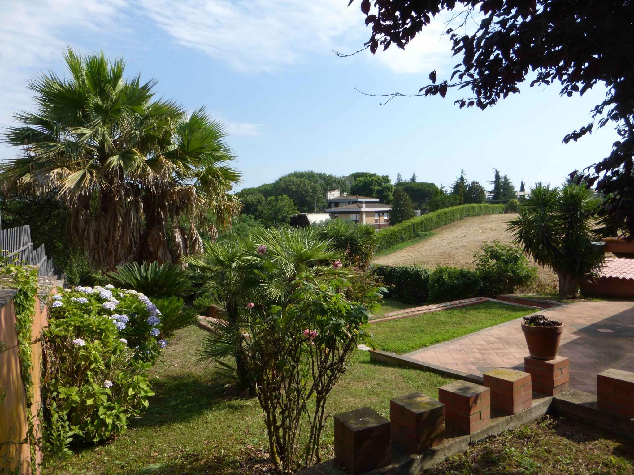 Soluzione Indipendente in vendita a Roma, 4 locali, zona Zona: 37 . Morena - Ciampino - Trigoria - Falcognana, prezzo € 319.000   CambioCasa.it