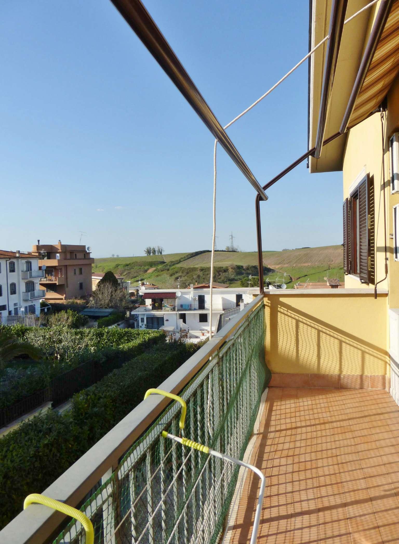 Appartamento in vendita a Roma, 3 locali, zona Zona: 21 . Laurentina, prezzo € 149.000 | CambioCasa.it