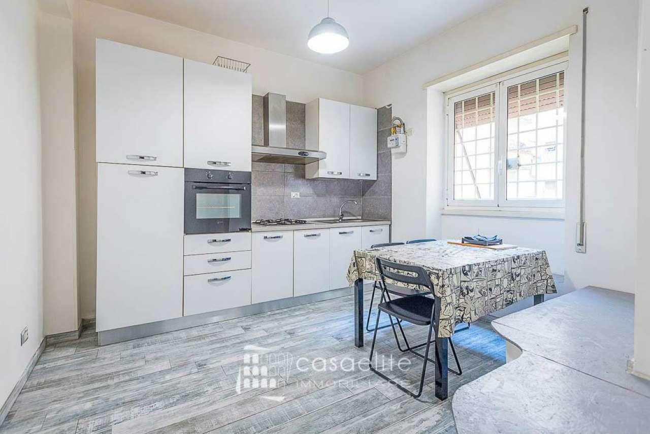 Appartamento in vendita a Roma, 2 locali, zona Zona: 13 . Tuscolano, Appio Claudio, Villa Lais, Quadraro, prezzo € 175.000 | CambioCasa.it