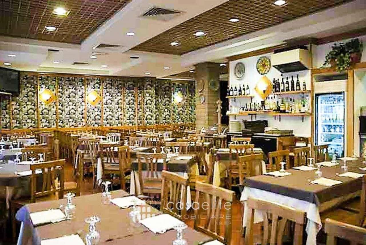 Ristorante / Pizzeria / Trattoria in vendita a Roma, 3 locali, zona Zona: 15 . Appio Latino, Appia Antica, Furio Camillo, Alberone, prezzo € 165.000   CambioCasa.it
