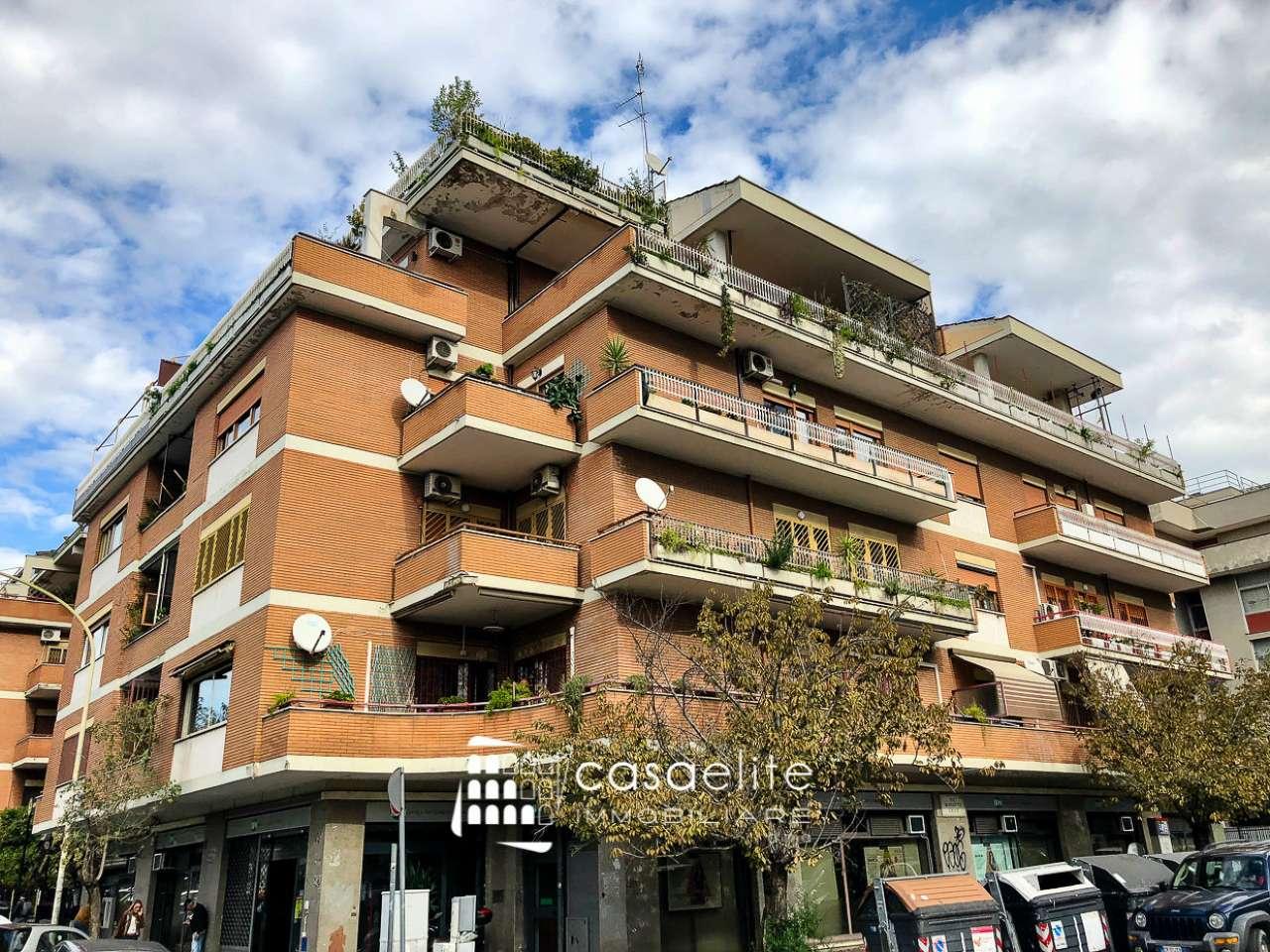 Appartamento in vendita a Roma, 5 locali, zona Zona: 18 . Ardeatino - Grotta Perfetta - Fonte Meravigliosa, prezzo € 650.000 | CambioCasa.it