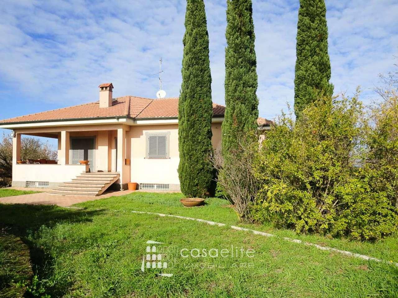 Villa in affitto a Roma, 6 locali, zona Zona: 37 . Morena - Ciampino - Trigoria - Falcognana, prezzo € 3.400   CambioCasa.it