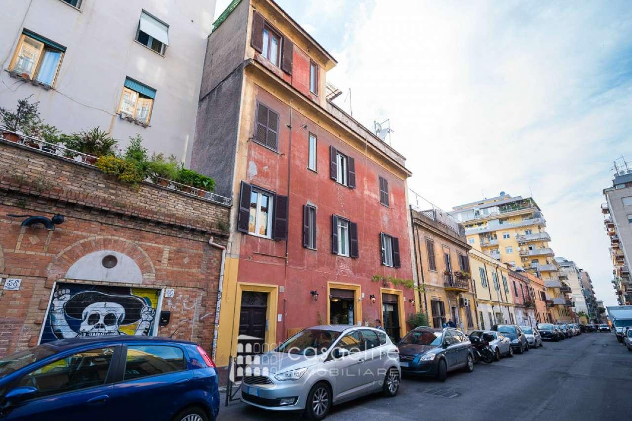 Negozio / Locale in vendita a Roma, 1 locali, zona Zona: 10 . Pigneto, Largo Preneste, prezzo € 360.000   CambioCasa.it