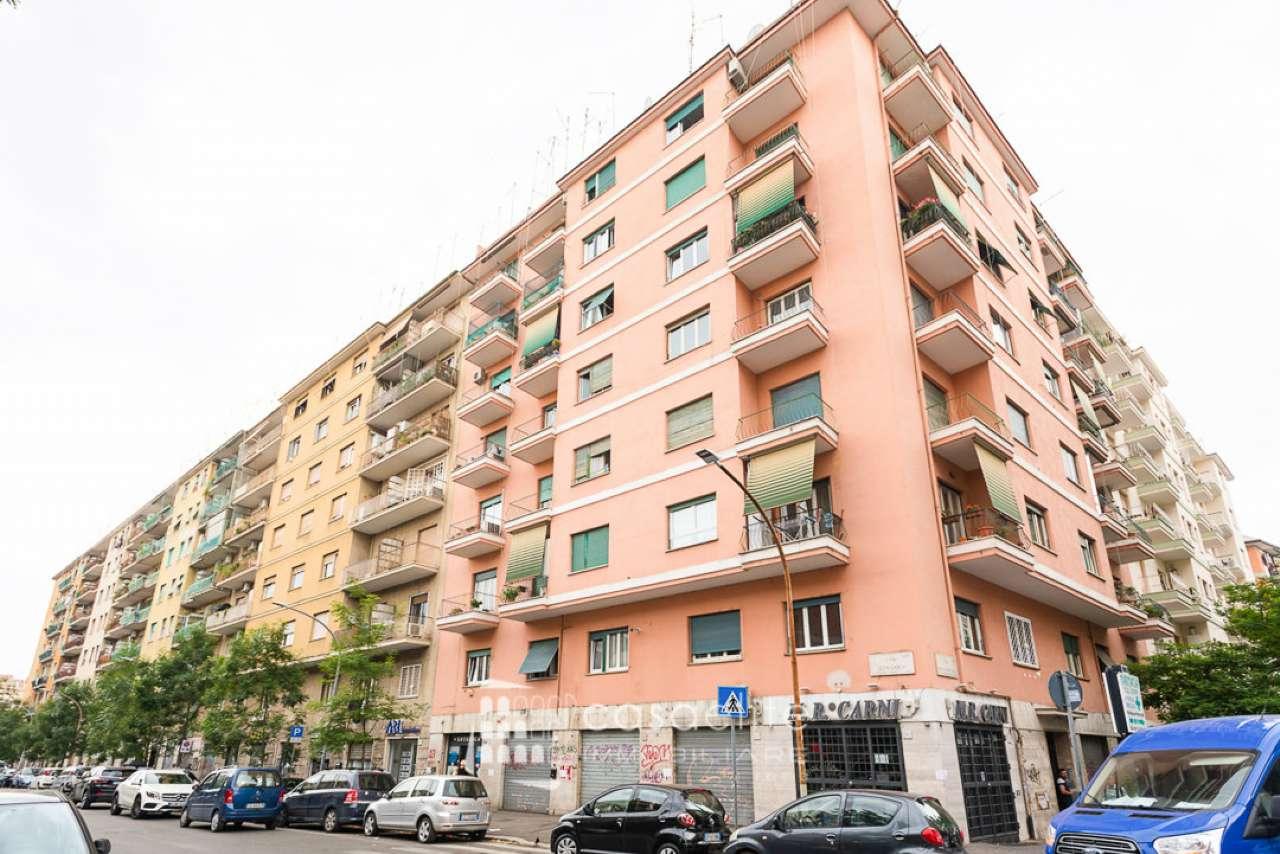 Appartamento in vendita a Roma, 3 locali, zona Zona: 16 . Appia nuova - Alberone - Colli Albani, prezzo € 275.000 | CambioCasa.it