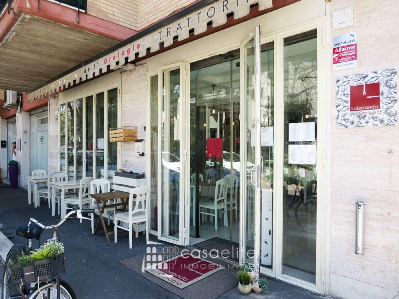 Ristorante / Pizzeria / Trattoria in vendita a Roma, 2 locali, zona Zona: 22 . Eur - Torrino - Spinaceto, prezzo € 65.000 | CambioCasa.it