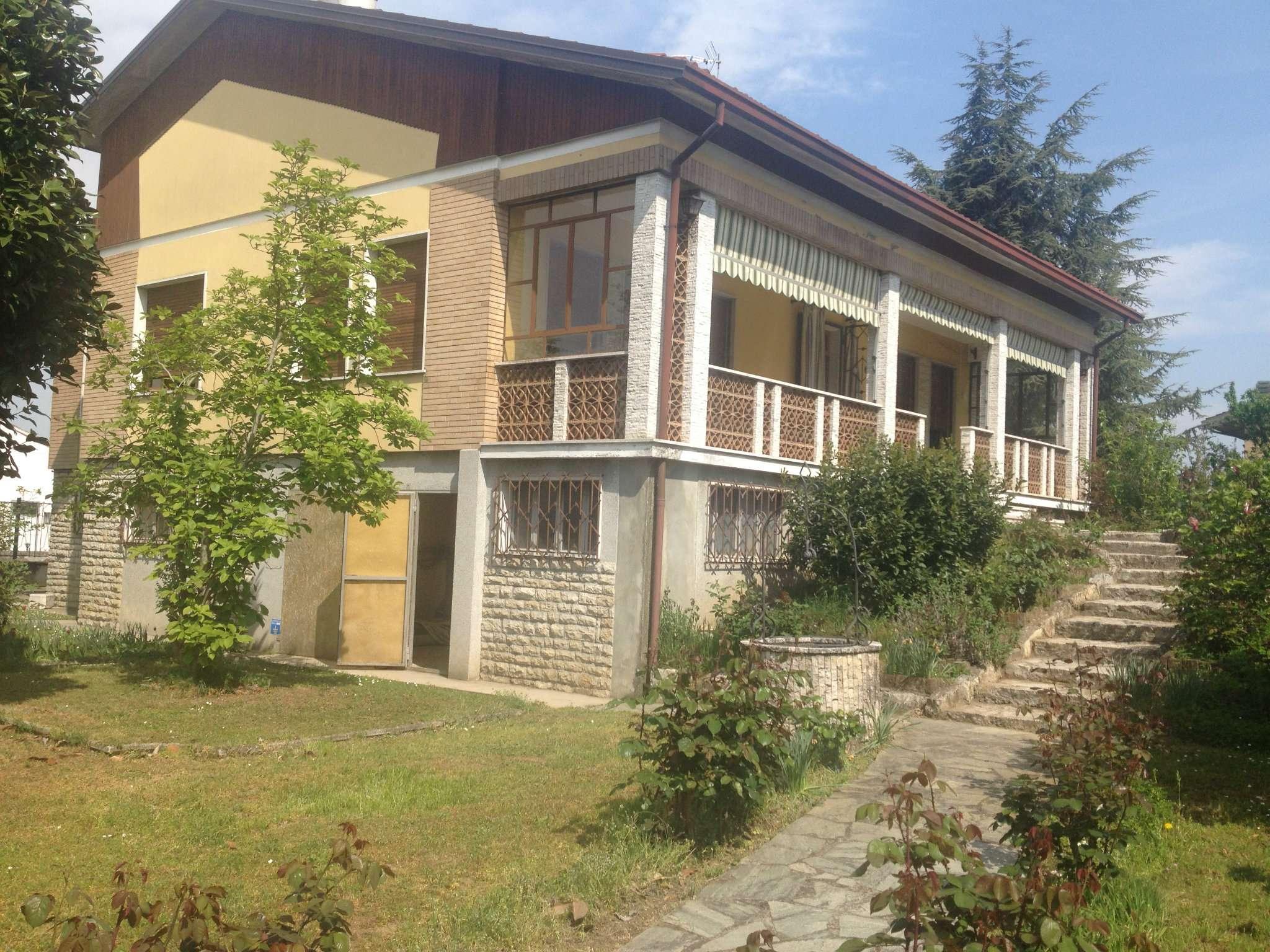 Villa in vendita a Fiesse, 10 locali, prezzo € 220.000   CambioCasa.it