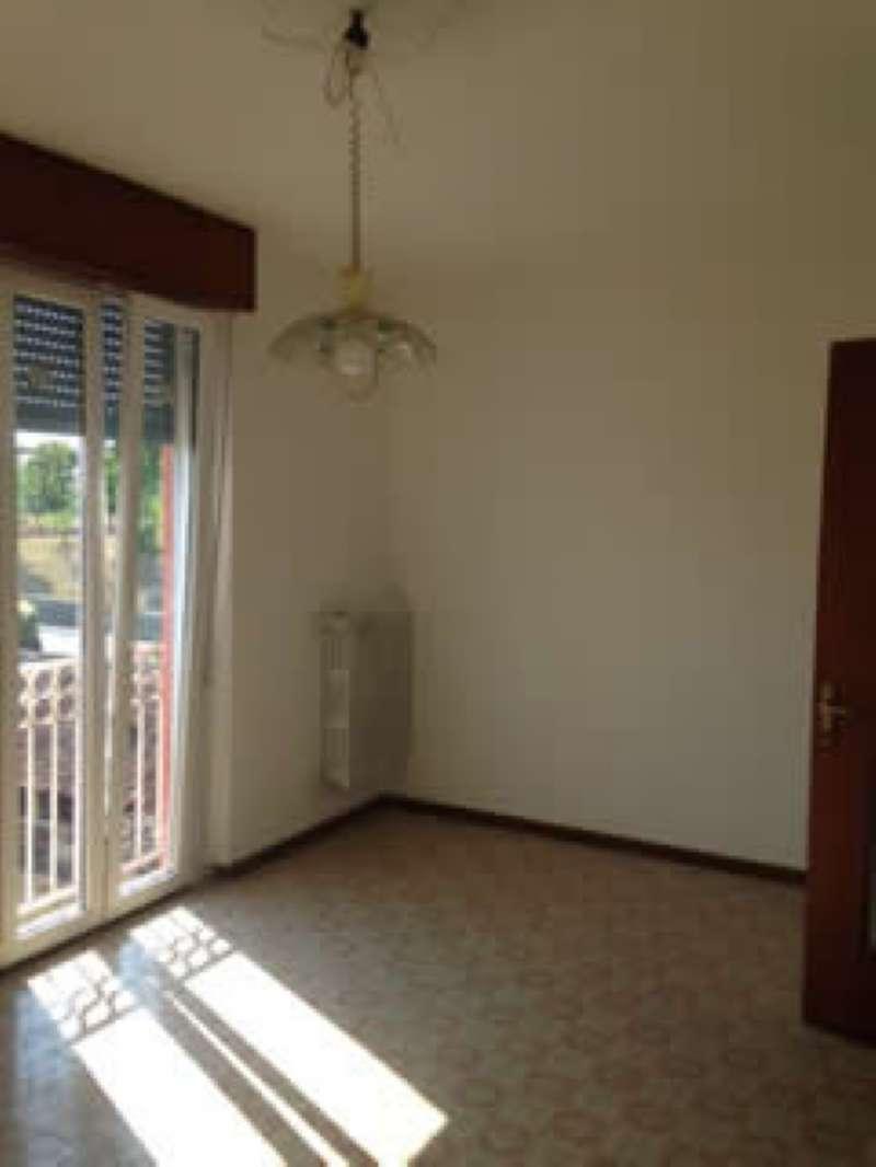 Appartamento in affitto a Carpenedolo, 6 locali, prezzo € 450 | CambioCasa.it