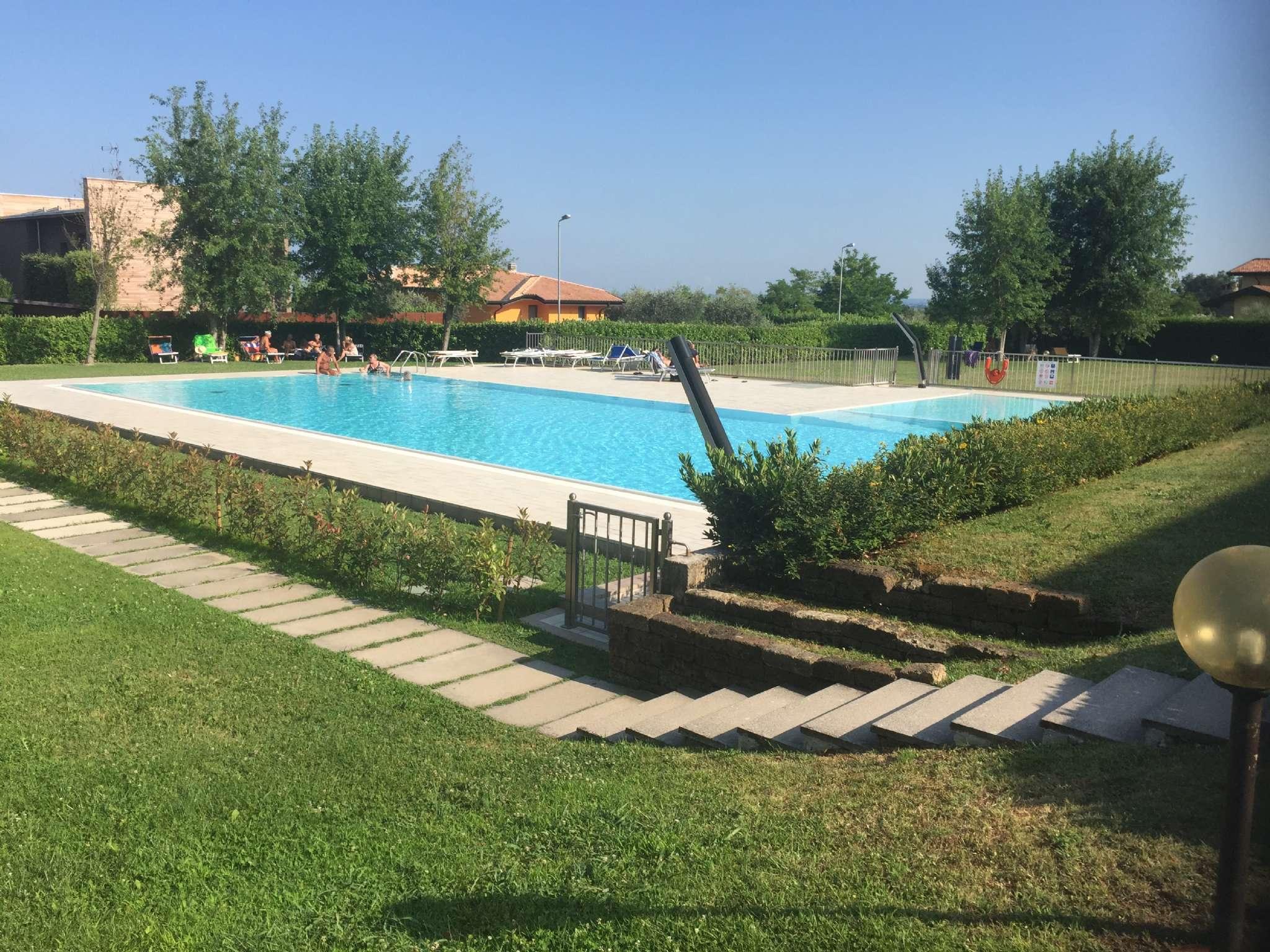 Appartamento in vendita a Soiano del Lago, 3 locali, prezzo € 140.000 | CambioCasa.it