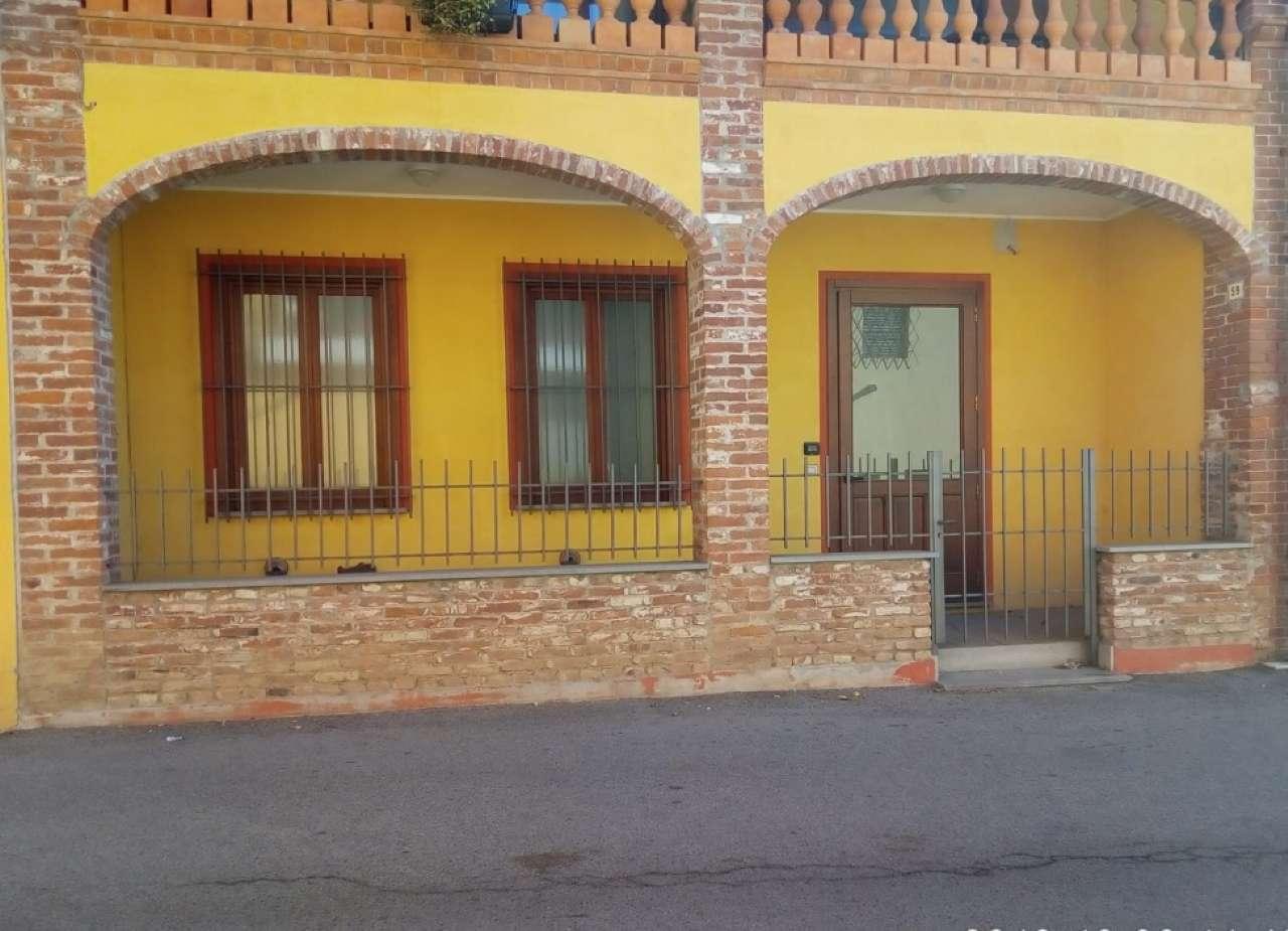 Negozio / Locale in affitto a Favria, 9999 locali, prezzo € 800 | CambioCasa.it