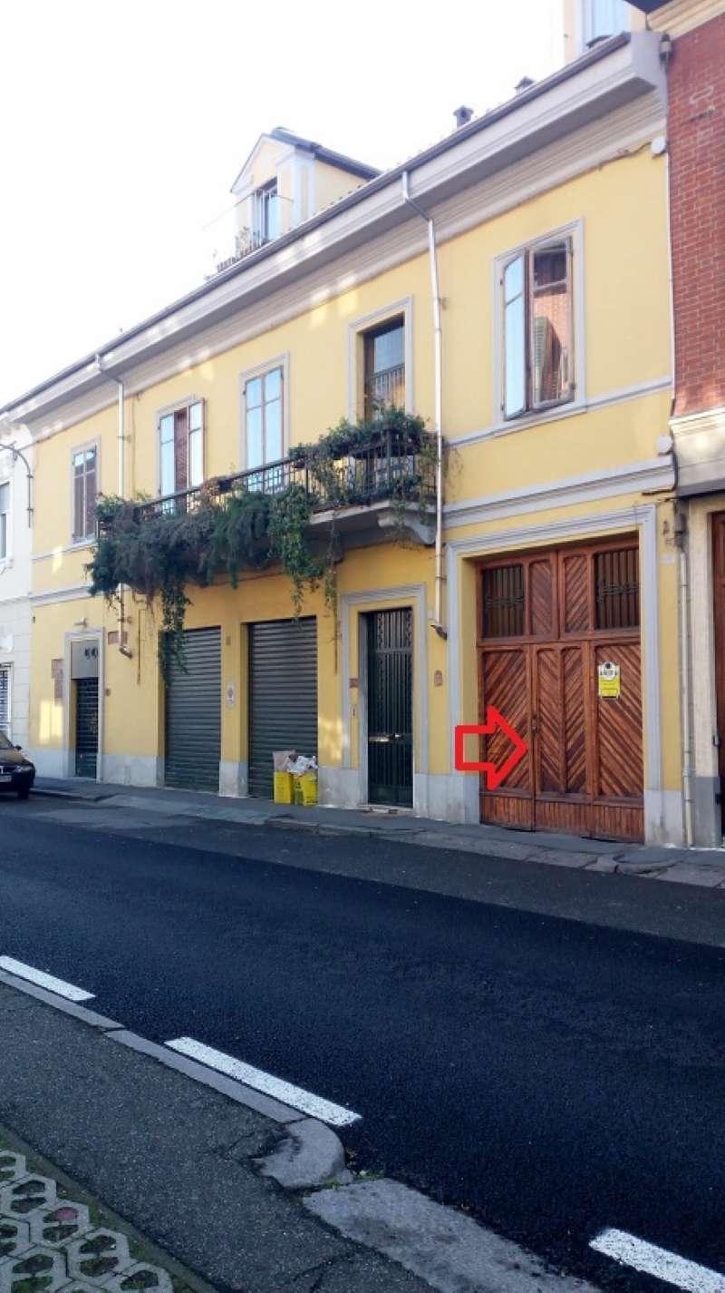 Negozio / Locale in affitto a Chivasso, 9999 locali, prezzo € 650 | CambioCasa.it