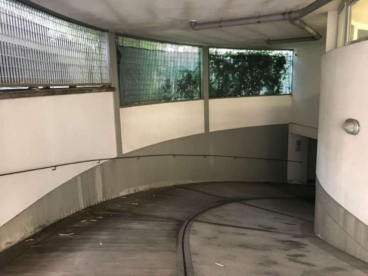 Box / Garage in vendita a Firenze, 1 locali, zona Zona: 11 . Viali, prezzo € 100.000 | CambioCasa.it