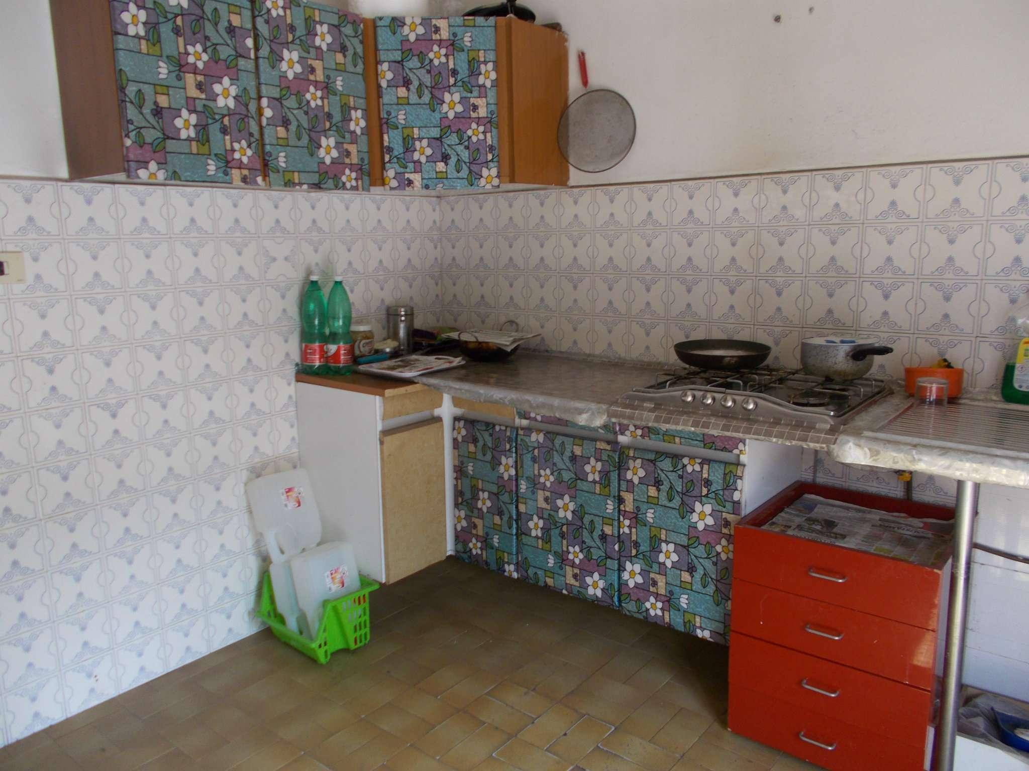 Appartamento da ristrutturare in vendita Rif. 6584157
