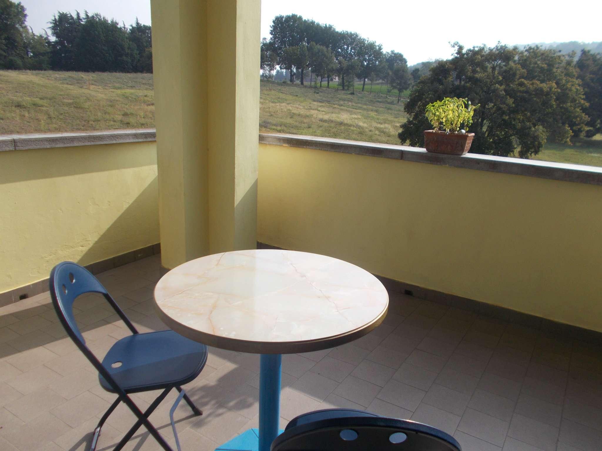 Appartamento in ottime condizioni arredato in vendita Rif. 7948544