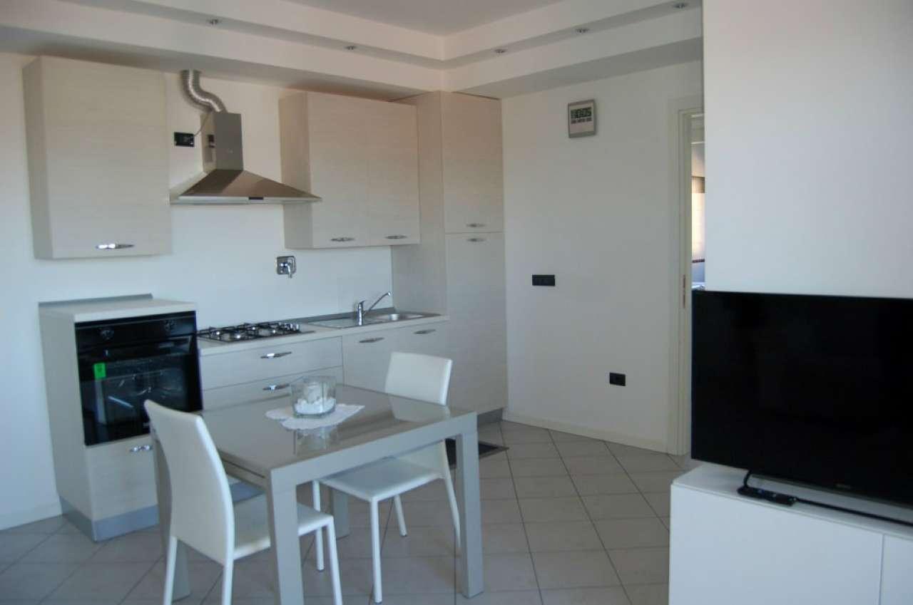 Appartamento in vendita a Quattro Castella, 3 locali, prezzo € 159.000   CambioCasa.it