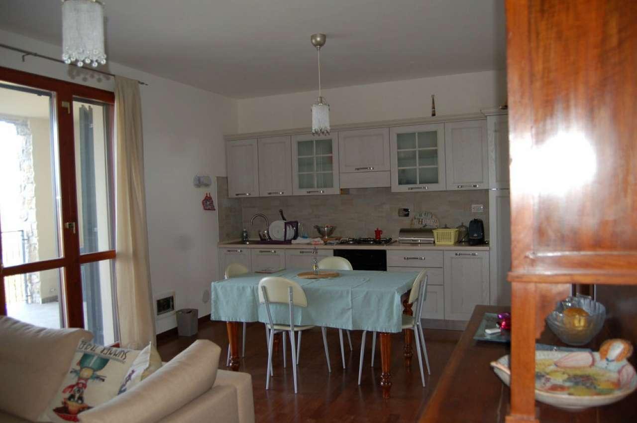Appartamento in vendita a San Polo d'Enza, 3 locali, prezzo € 145.000 | CambioCasa.it