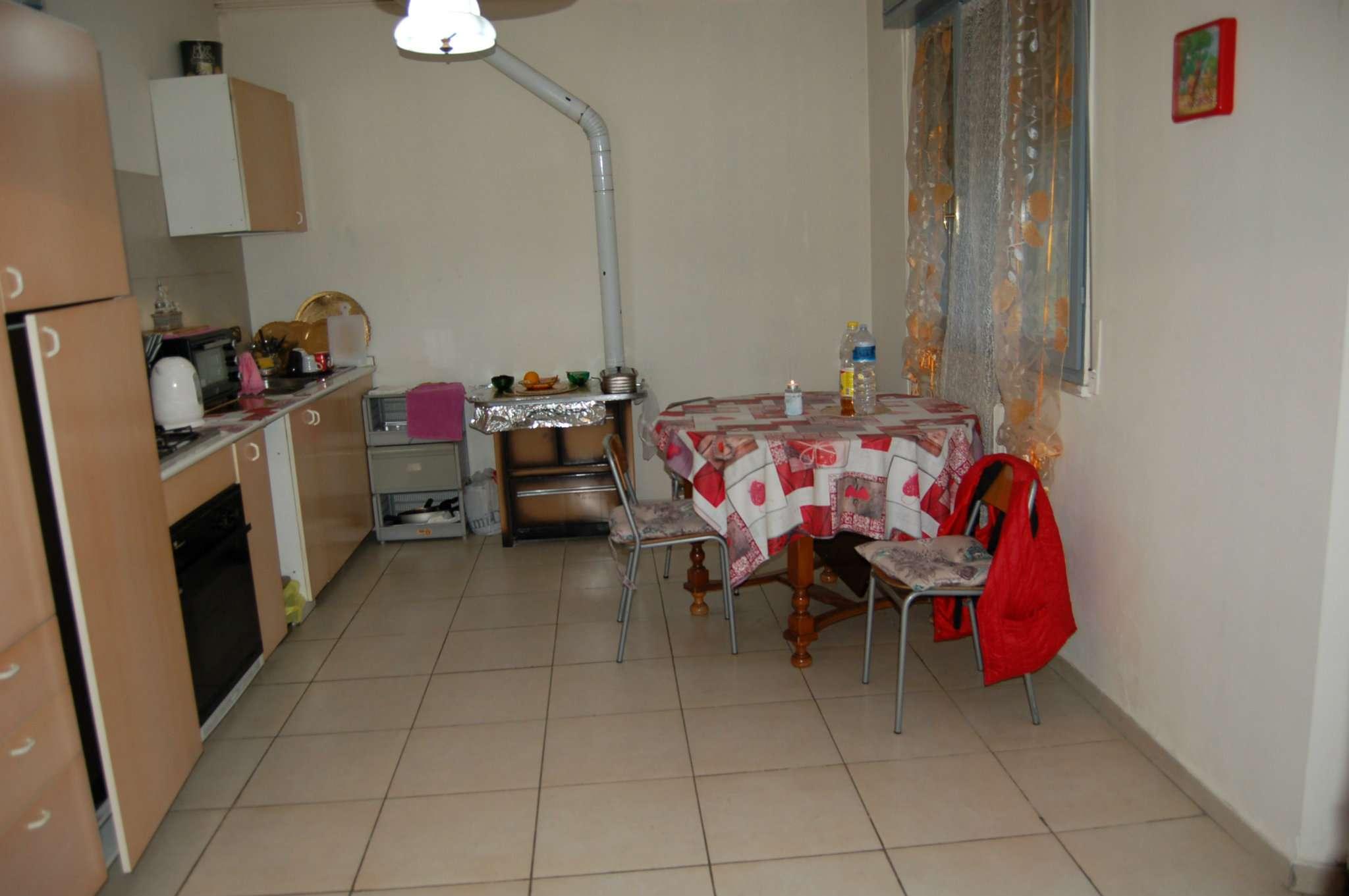 Appartamento in affitto a Quattro Castella, 4 locali, prezzo € 420 | CambioCasa.it