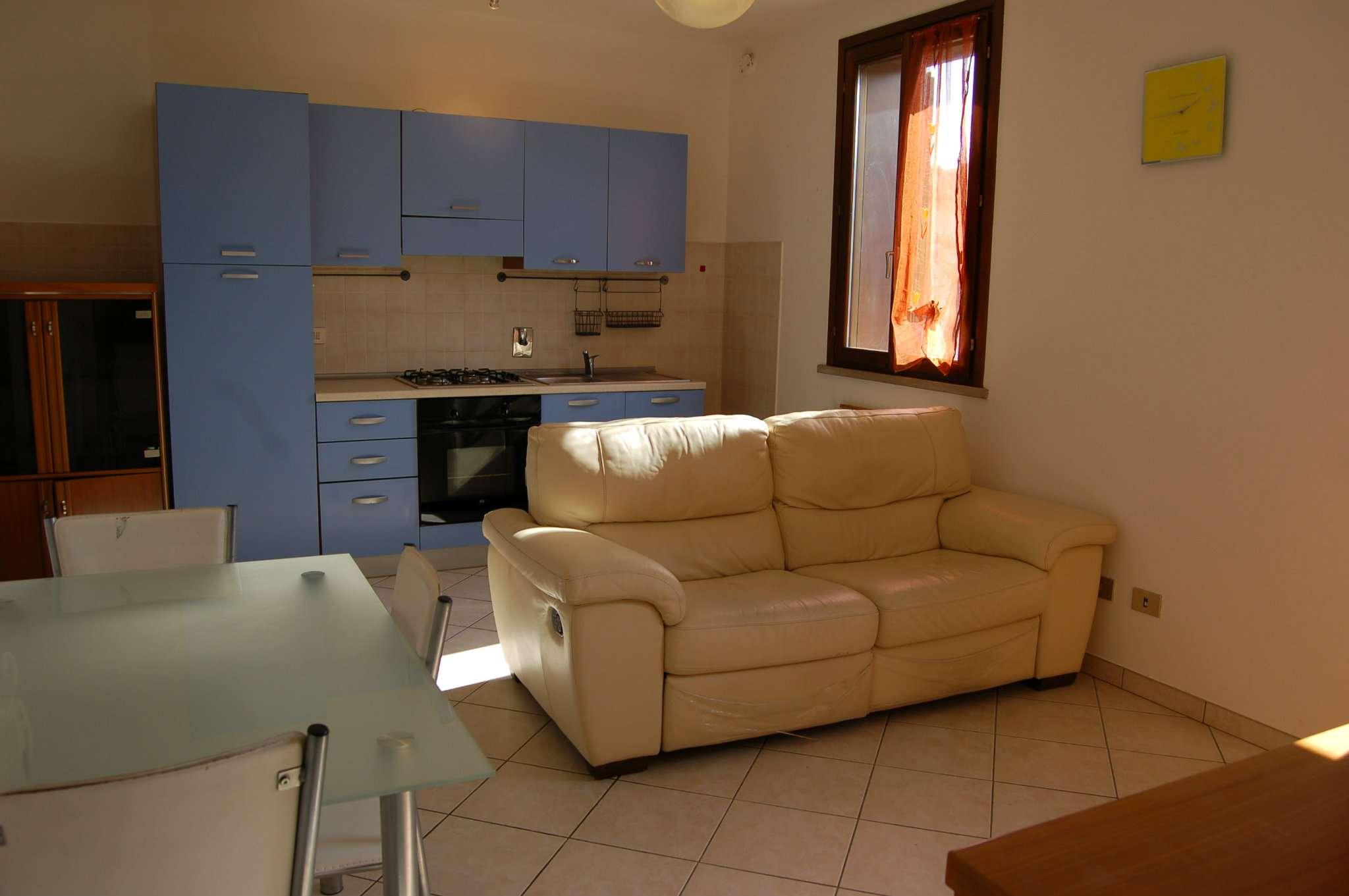 Appartamento in vendita a Cavriago, 2 locali, prezzo € 75.000   PortaleAgenzieImmobiliari.it