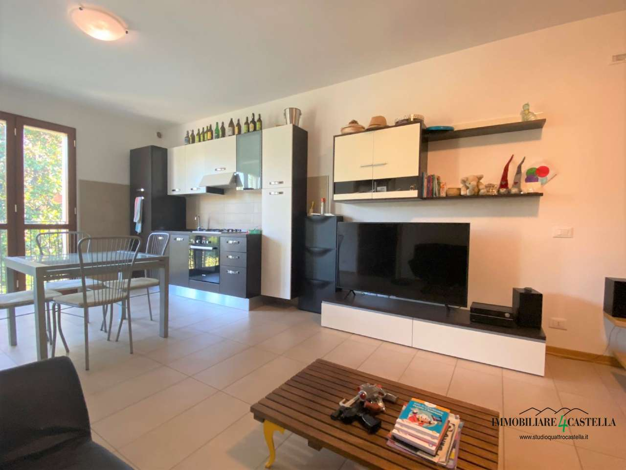 Appartamento in vendita a Quattro Castella, 3 locali, prezzo € 180.000 | PortaleAgenzieImmobiliari.it