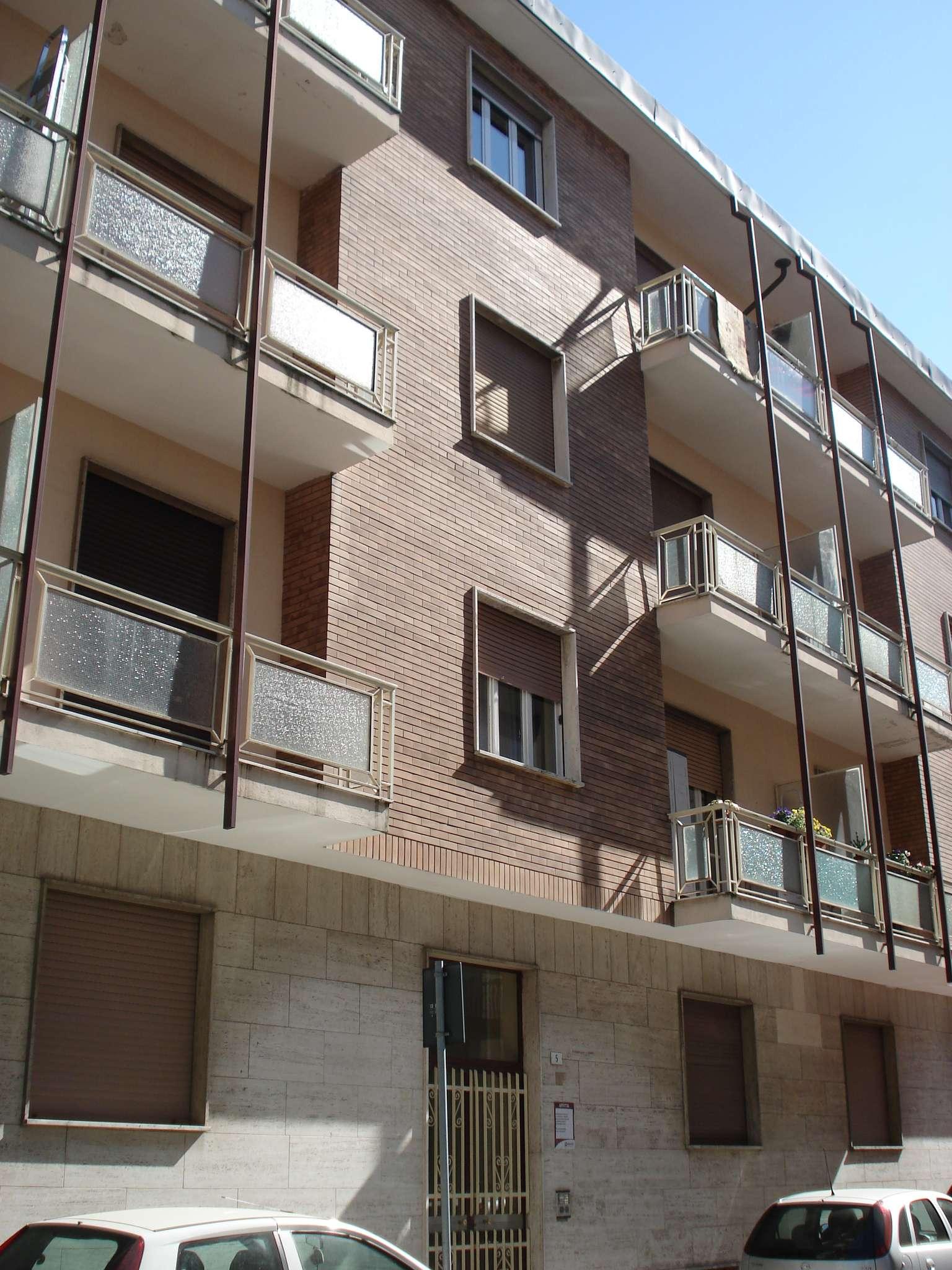 Appartamento in vendita a Beinasco, 2 locali, prezzo € 85.000 | CambioCasa.it