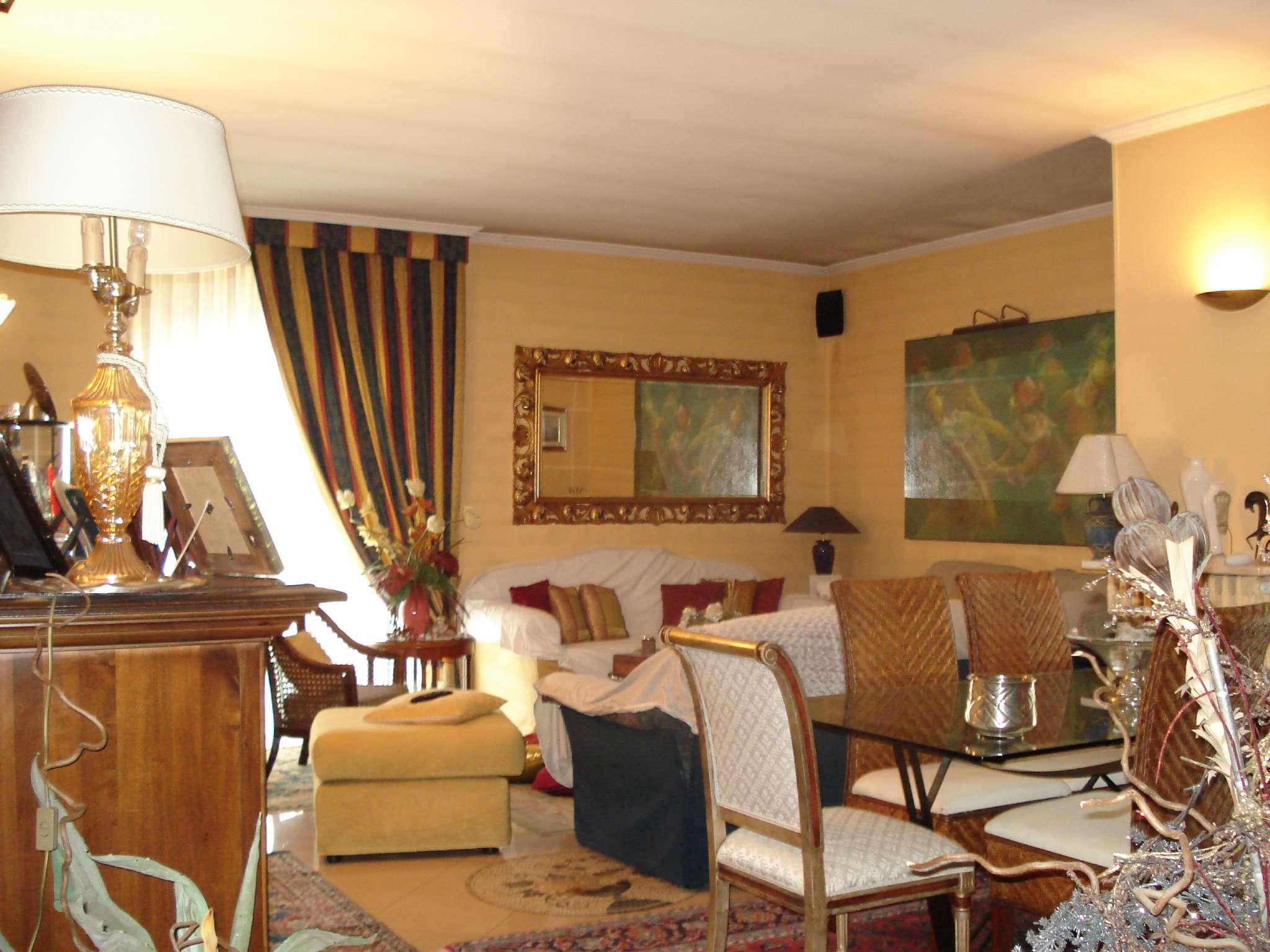 Appartamento ristrutturato in vendita Rif. 6144004
