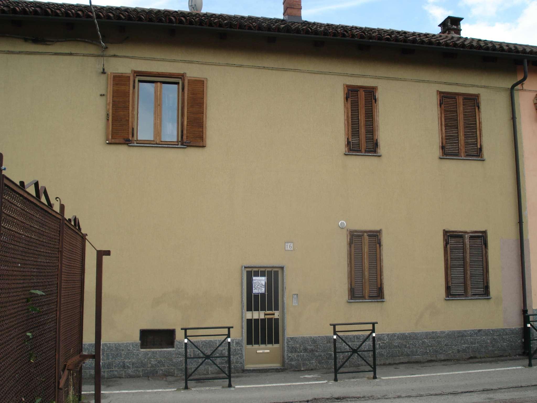 Appartamento in vendita a Beinasco, 3 locali, prezzo € 120.000 | CambioCasa.it