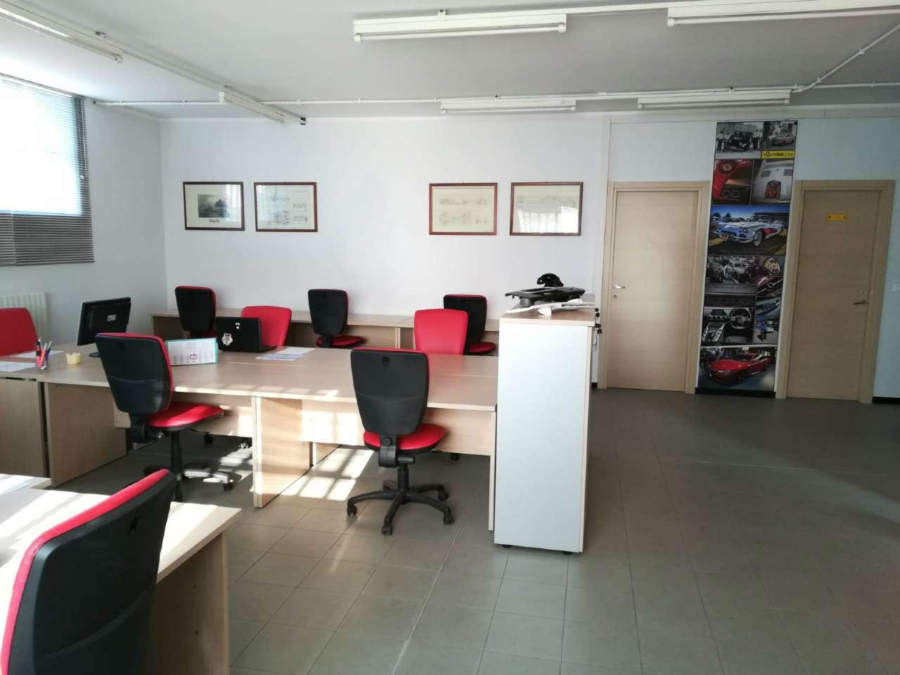 Ufficio / Studio in affitto a Beinasco, 9999 locali, prezzo € 700   CambioCasa.it