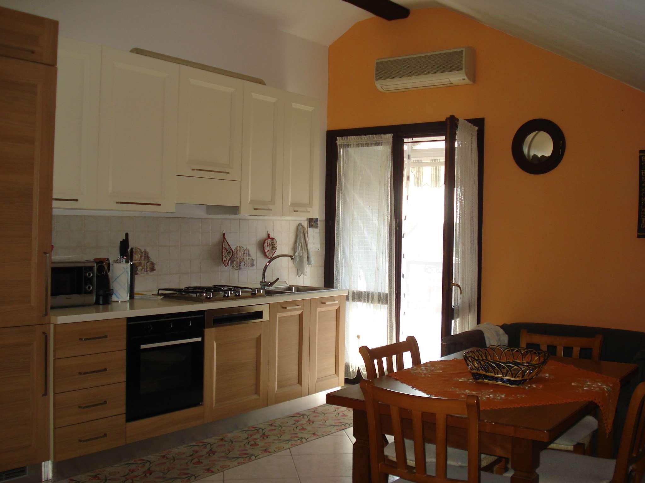 Appartamento arredato in affitto Rif. 7784924
