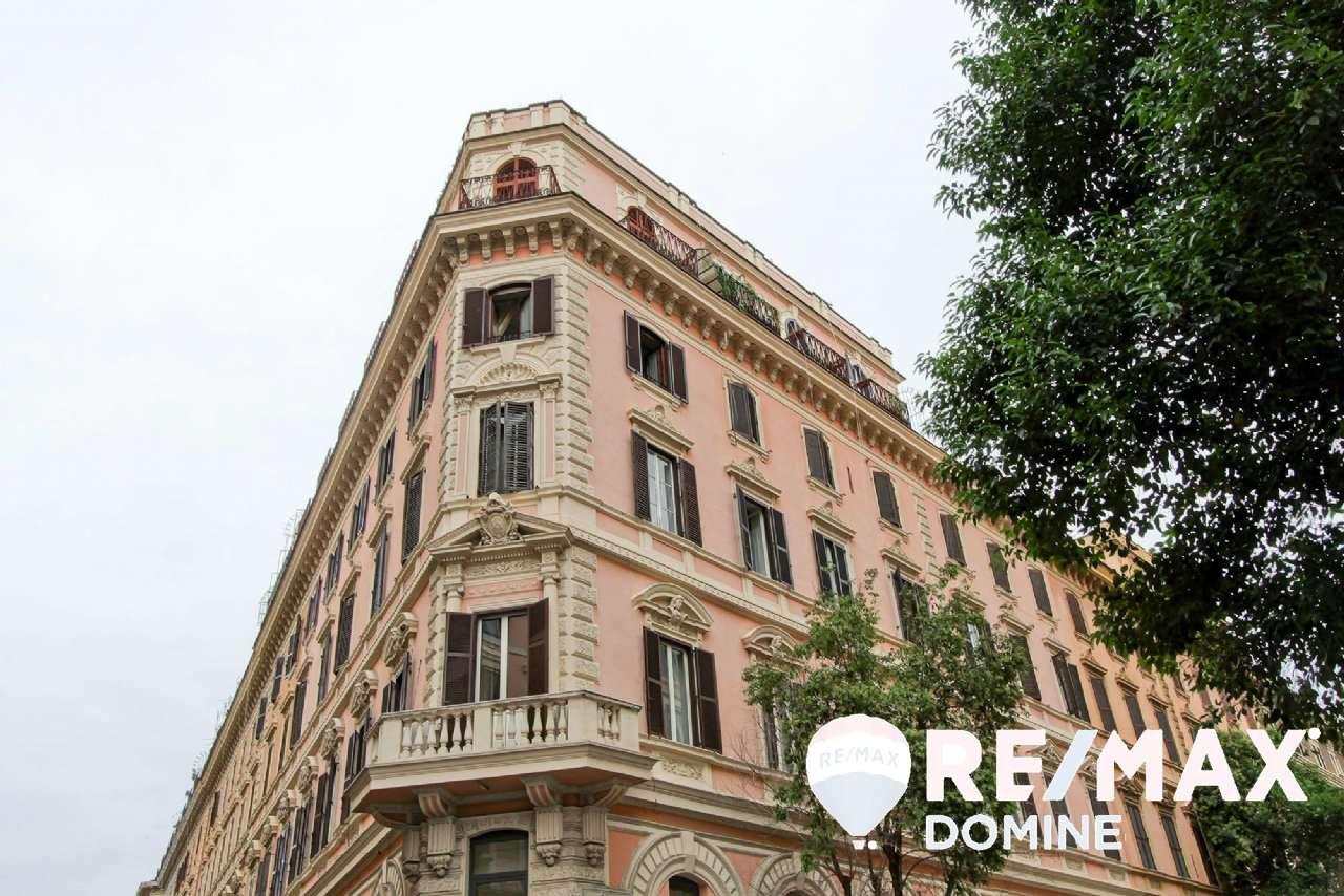 Appartamento in vendita a Roma, 4 locali, zona Zona: 30 . Prati, Borgo, San Pietro, prezzo € 750.000 | CambioCasa.it