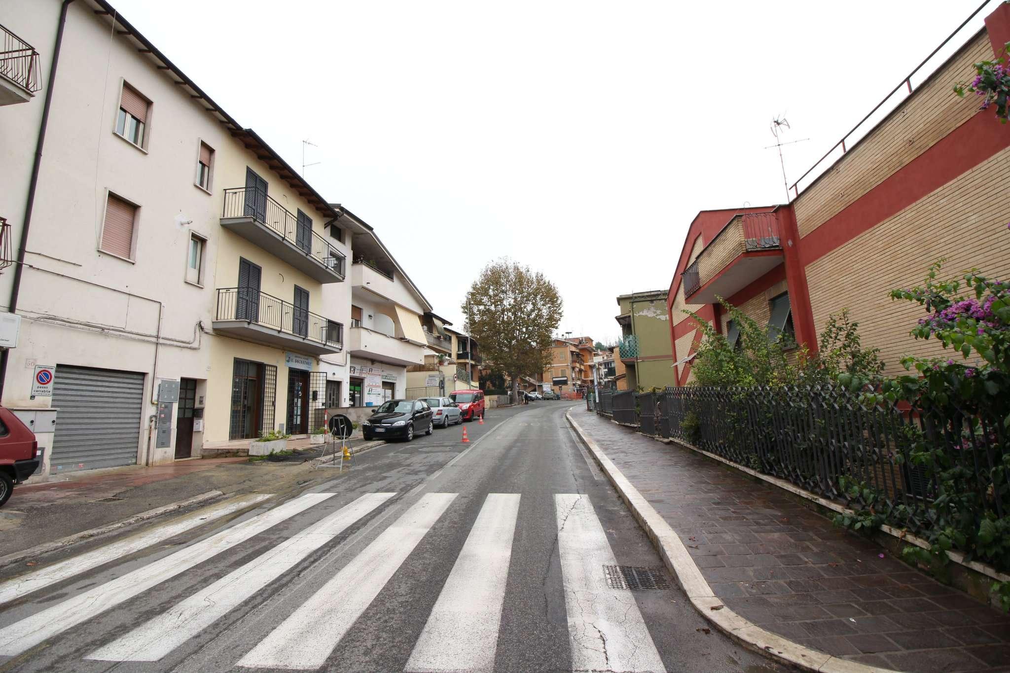 Appartamento in vendita a Monterotondo, 2 locali, prezzo € 75.000   CambioCasa.it