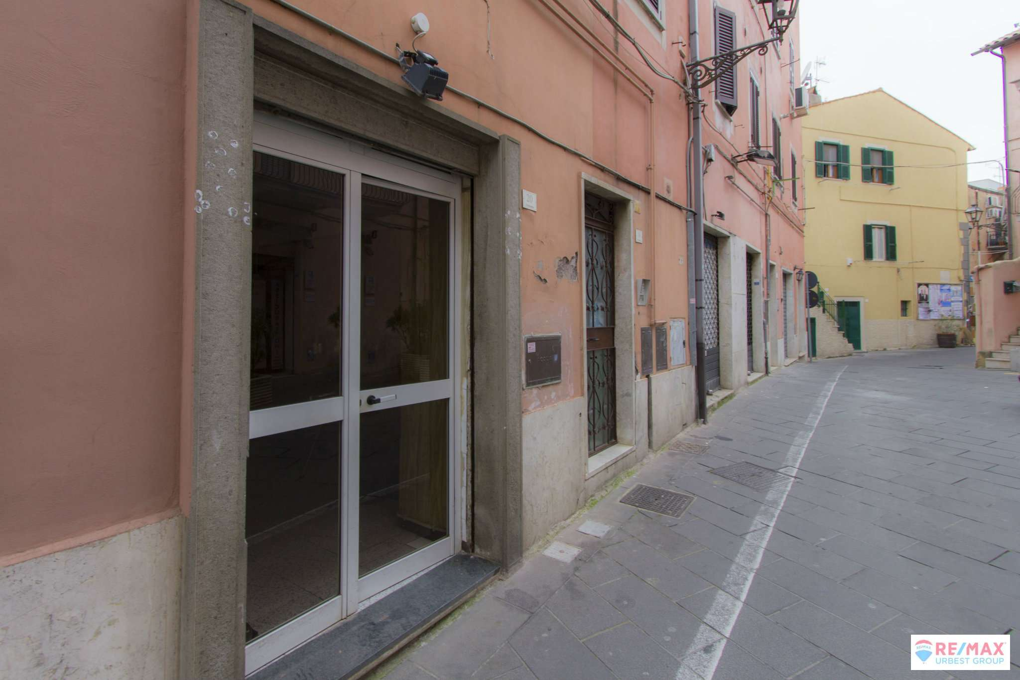 Negozio / Locale in vendita a Ariccia, 2 locali, prezzo € 29.000 | CambioCasa.it