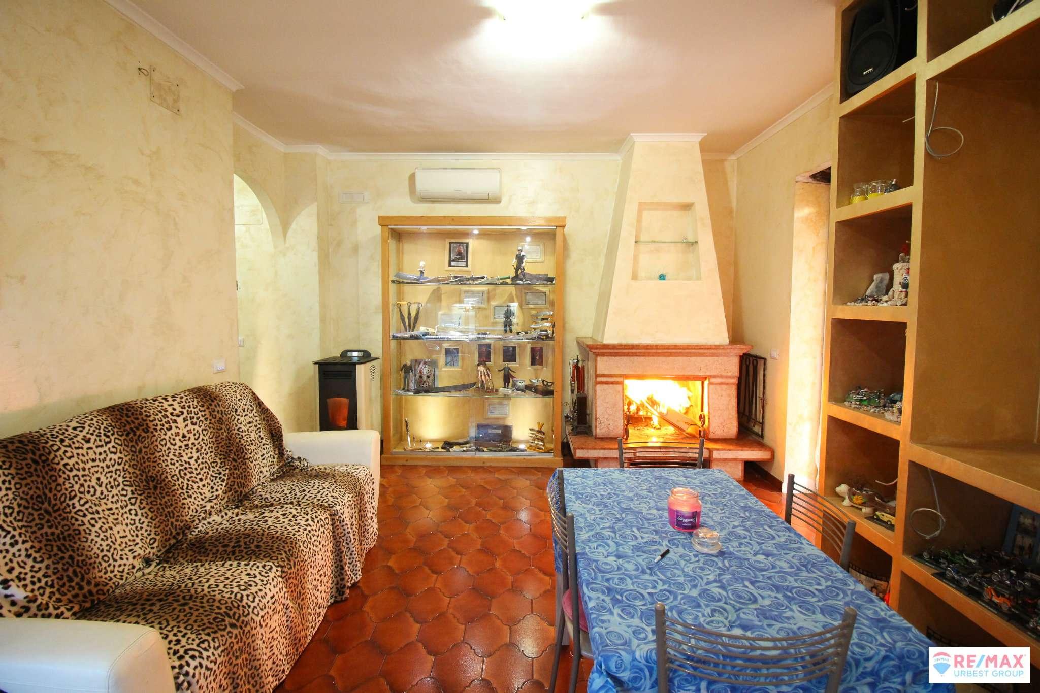 Appartamento in vendita a Monterotondo, 5 locali, prezzo € 205.000   CambioCasa.it