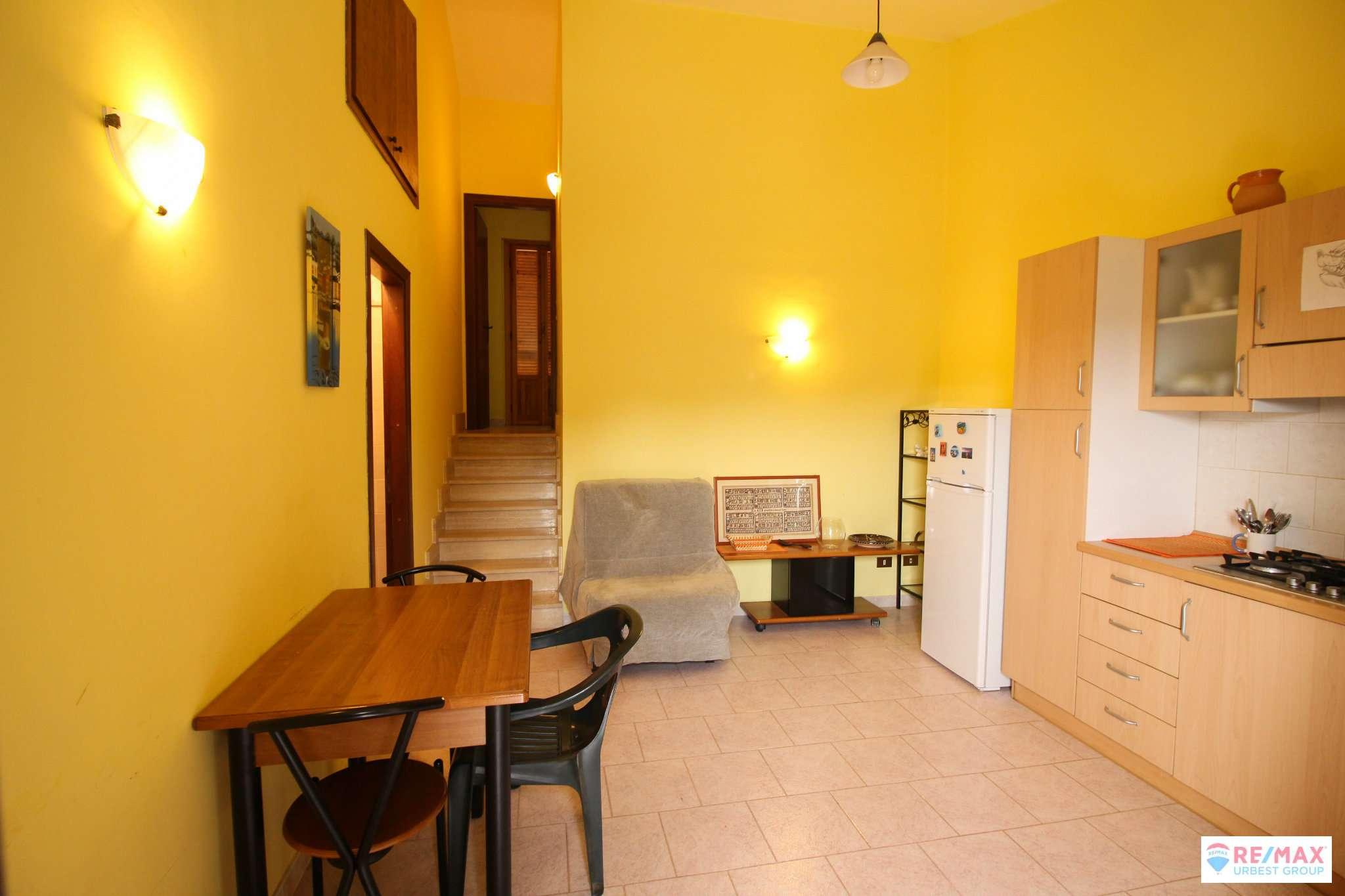 Appartamento in vendita a Scandriglia, 2 locali, prezzo € 39.000   CambioCasa.it