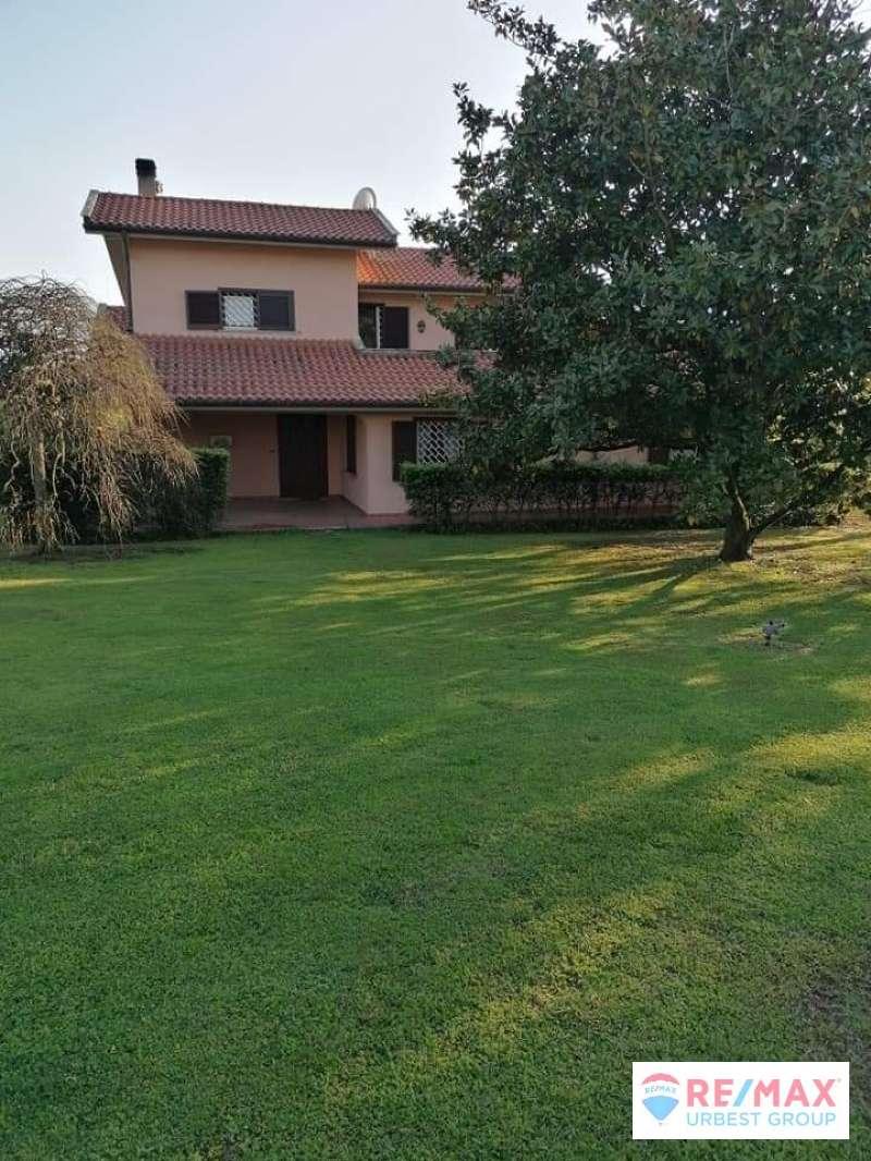 Azienda Agricola in vendita a Fara in Sabina, 6 locali, prezzo € 1.650.000 | CambioCasa.it