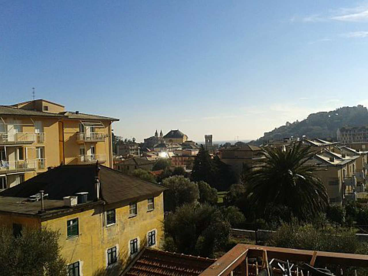 Appartamento in vendita a Arenzano, 6 locali, prezzo € 399.000 | CambioCasa.it