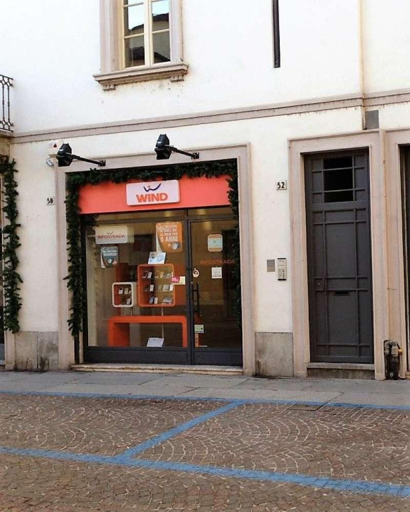 Negozio / Locale in affitto a Vigevano, 1 locali, prezzo € 830 | CambioCasa.it