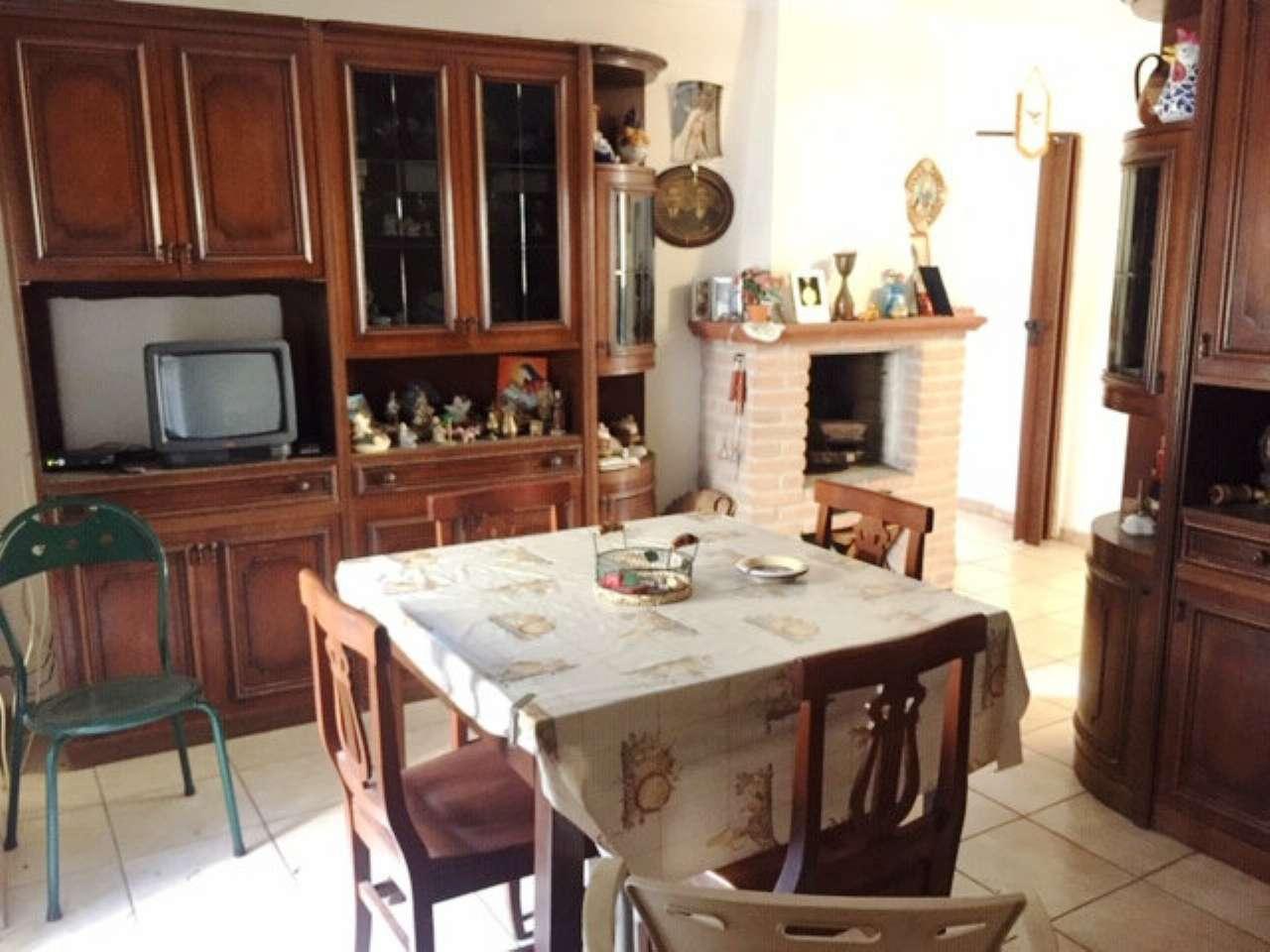 Appartamento in vendita a Montorio Romano, 2 locali, prezzo € 12.000   CambioCasa.it