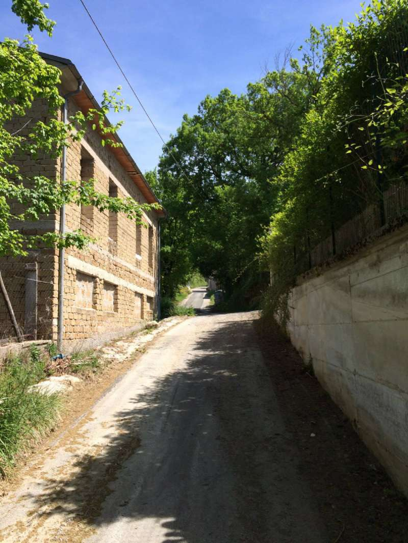 Palazzo / Stabile in vendita a Petrella Salto, 10 locali, prezzo € 85.000 | CambioCasa.it