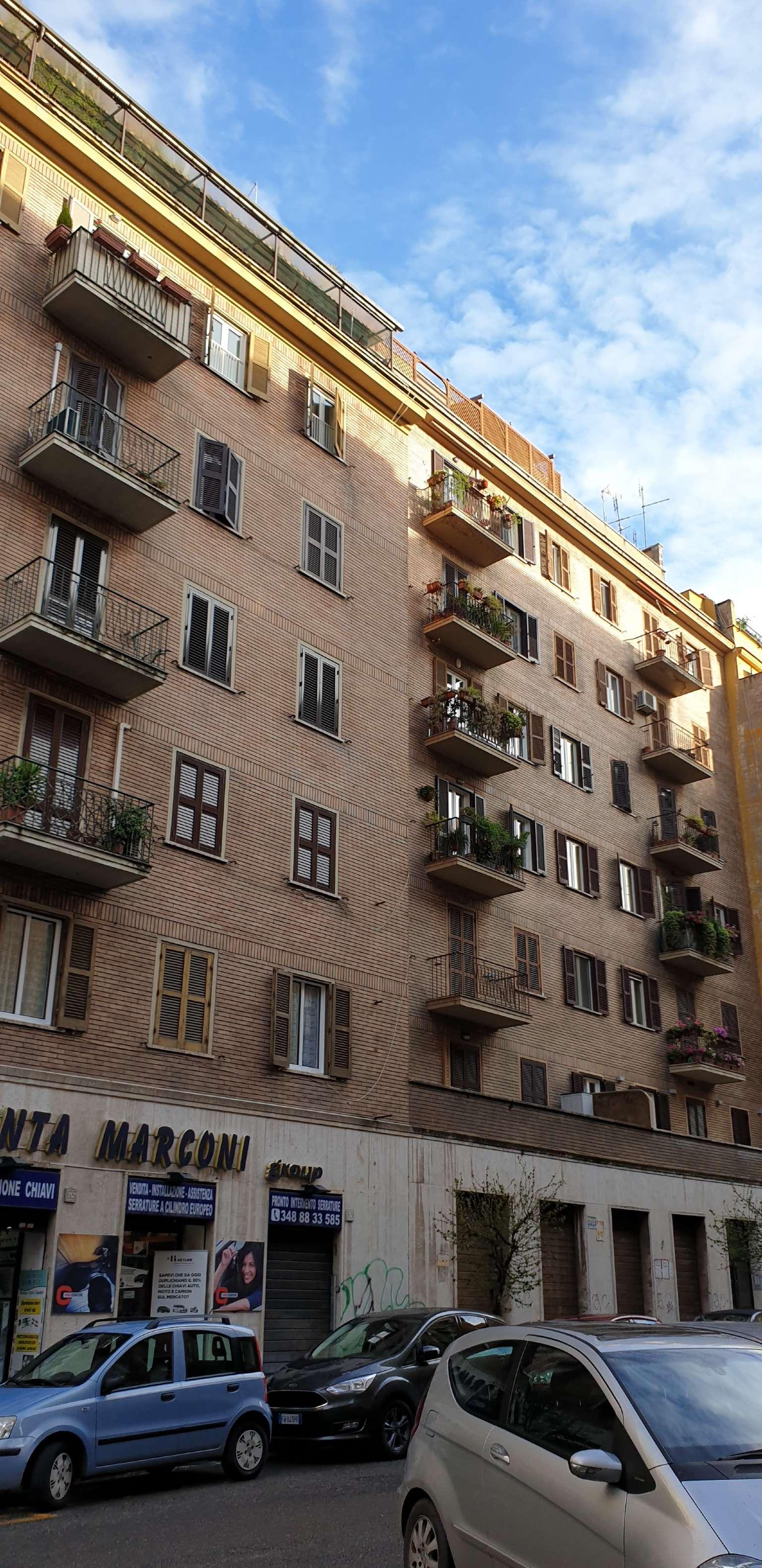 Appartamento in vendita a Roma, 4 locali, zona Zona: 16 . Appia nuova - Alberone - Colli Albani, prezzo € 310.000   CambioCasa.it