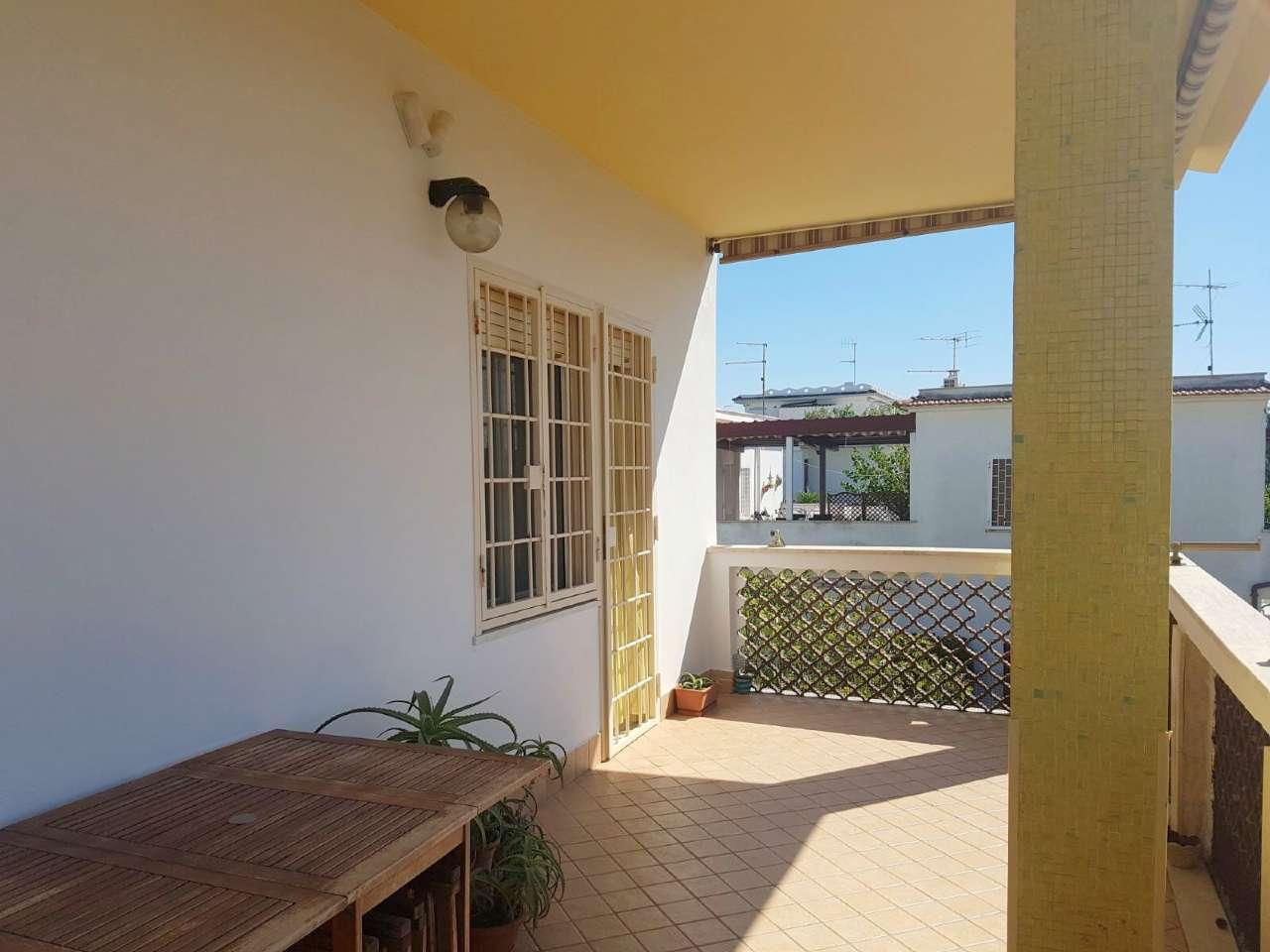 Appartamento in ottime condizioni arredato in affitto Rif. 7245223