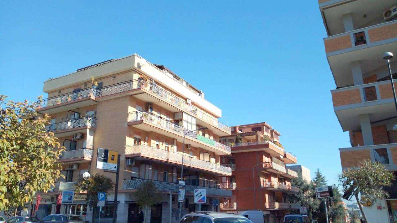 Attico / Mansarda in vendita a Pomezia, 4 locali, prezzo € 320.000   PortaleAgenzieImmobiliari.it