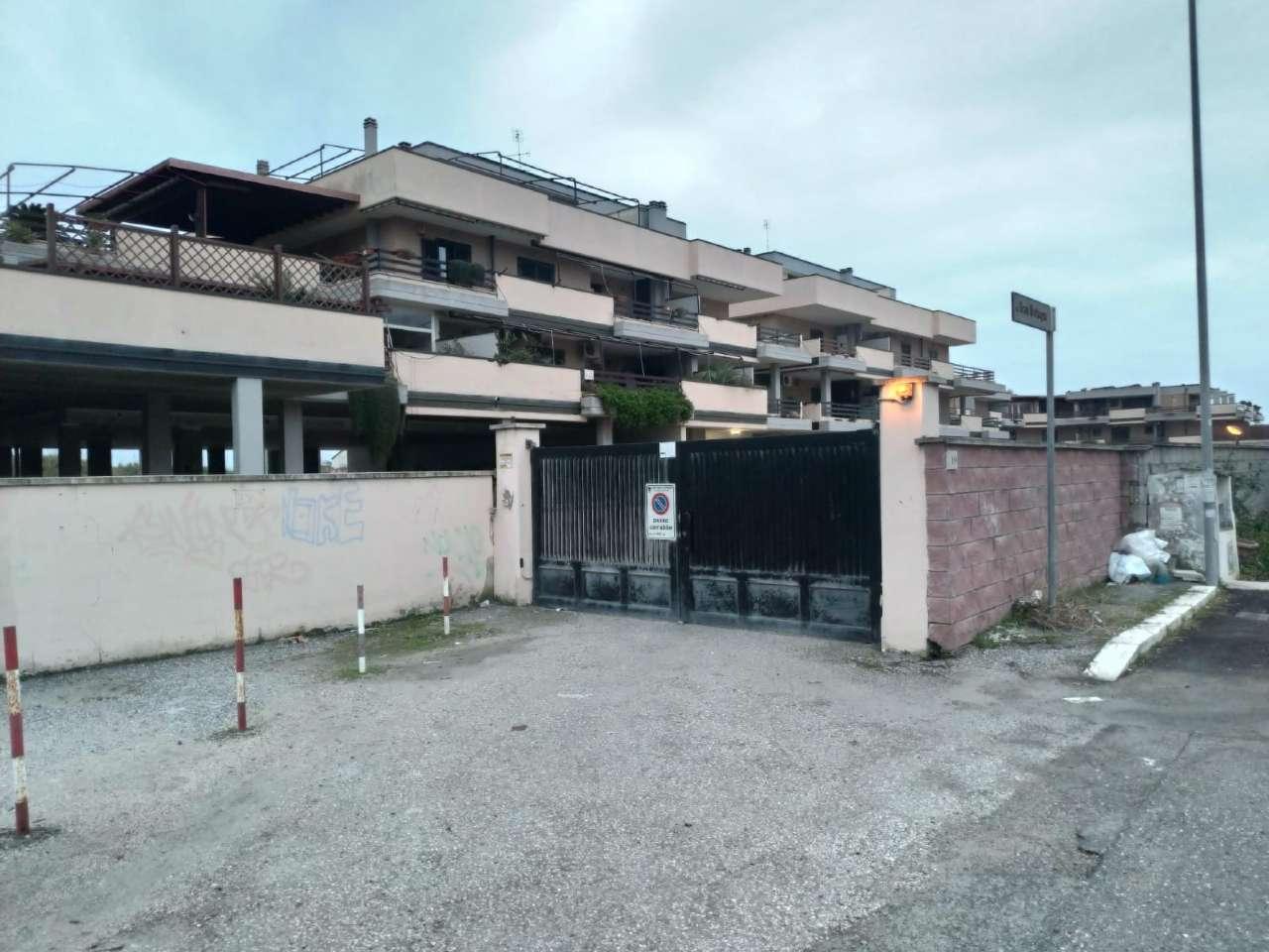 Box / Garage in vendita a Pomezia, 1 locali, prezzo € 17.000 | CambioCasa.it