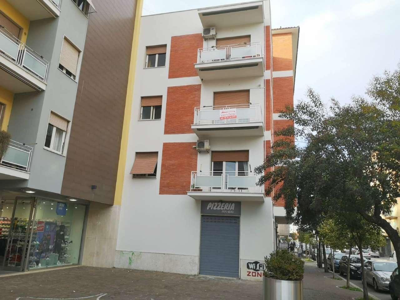 Box / Garage in vendita a Pomezia, 1 locali, prezzo € 22.000 | CambioCasa.it