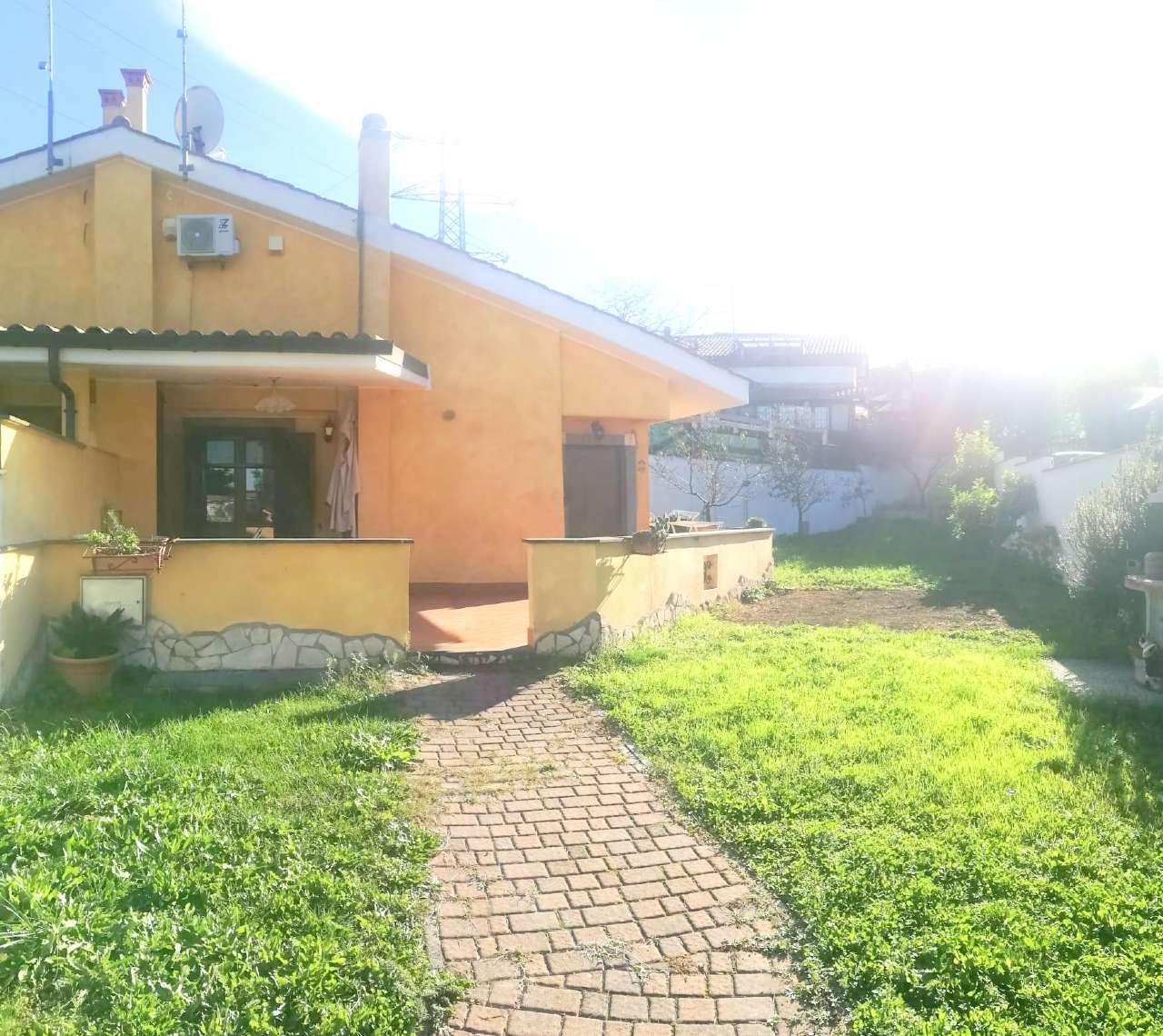Villa Tri-Quadrifamiliare in vendita a Roma, 5 locali, zona Zona: 37 . Morena - Ciampino - Trigoria - Falcognana, prezzo € 218.000   CambioCasa.it