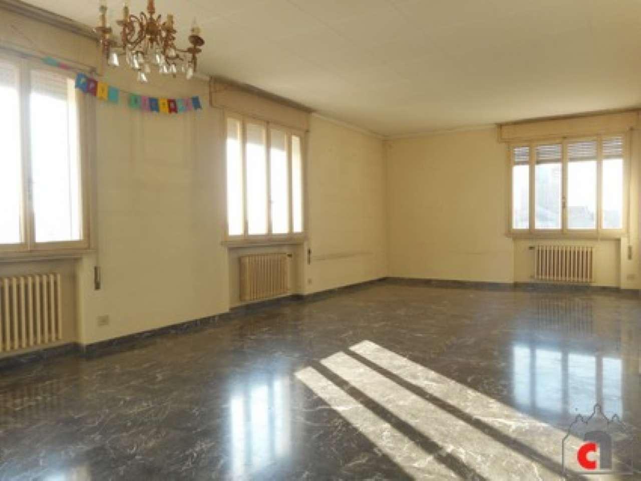 Appartamento da ristrutturare in vendita Rif. 8913042