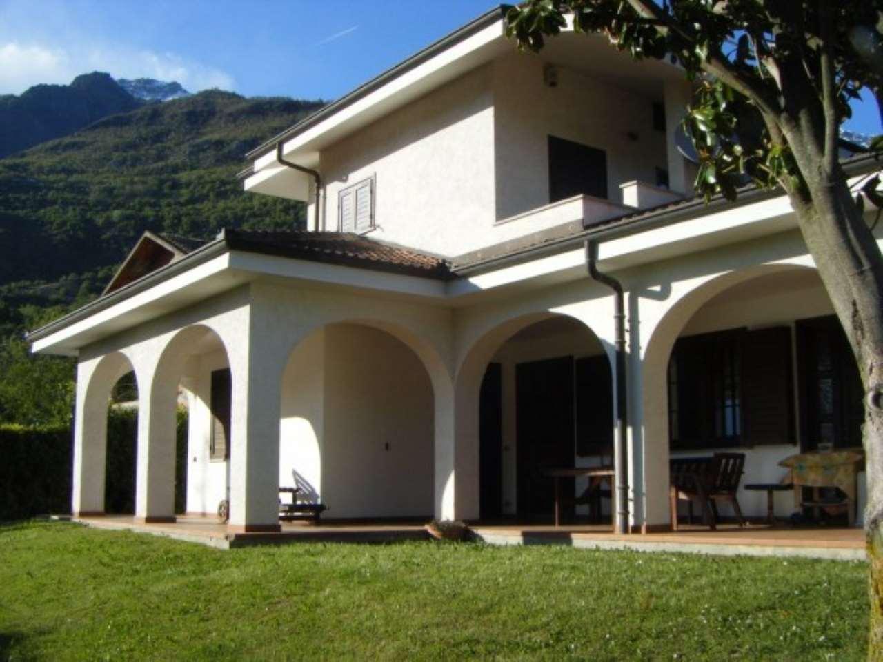 Villa in vendita a Chianocco, 5 locali, Trattative riservate | CambioCasa.it